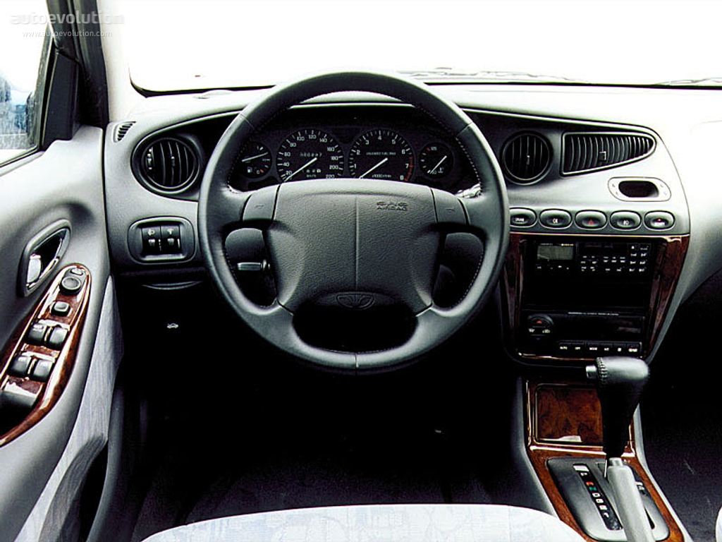 Daewoolanos on 2002 Lincoln Sedan