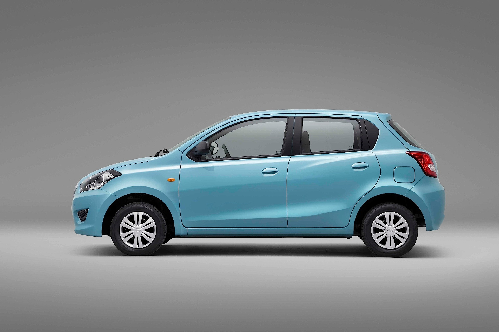 DATSUN GO specs & photos - 2013, 2014, 2015, 2016, 2017 ...