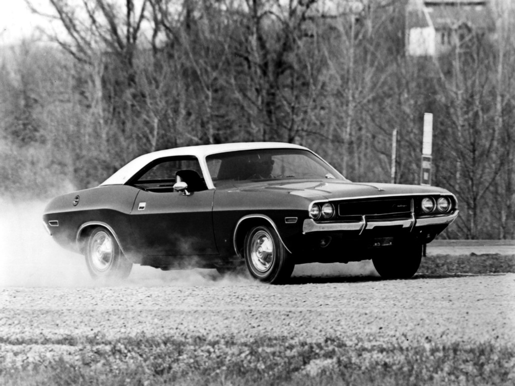 Dodge Challenger 1969 Black >> Dodge Challenger Specs Photos 1969 1970 1971 1972 1973 1974