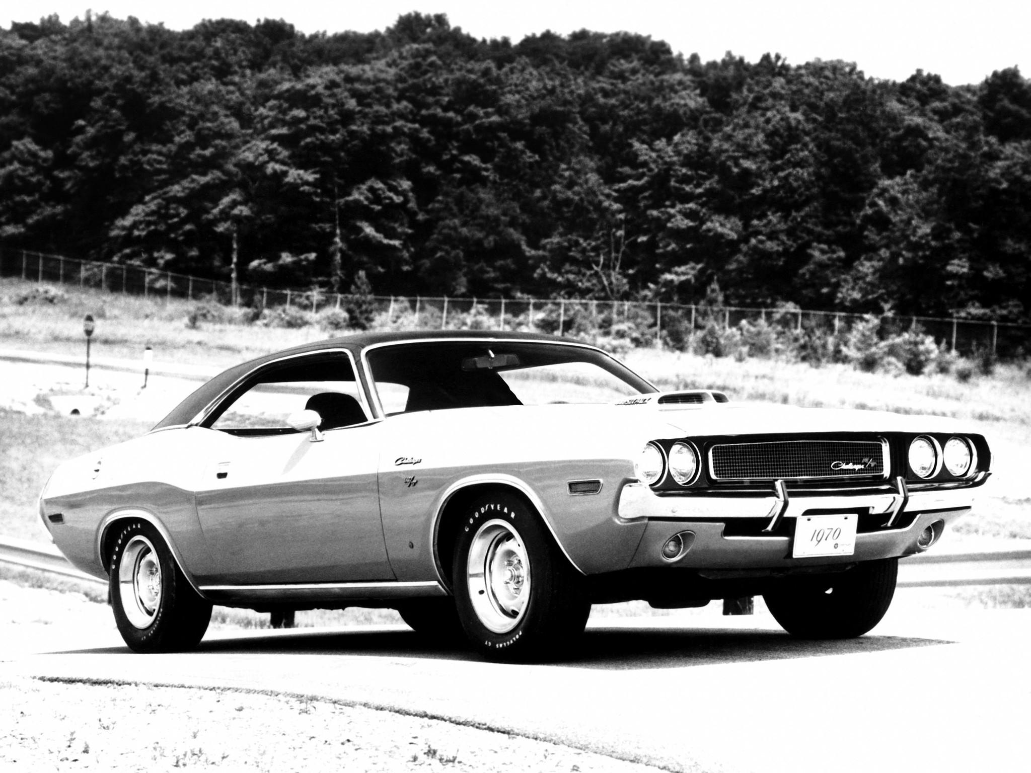 DODGE Challenger specs & photos - 1969, 1970, 1971, 1972 ...