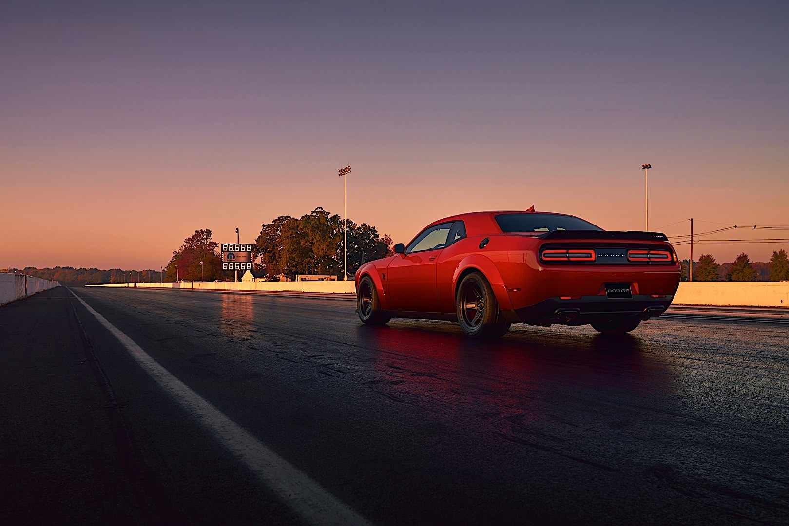 Dodge Srt Demon >> DODGE Challenger SRT Demon specs & photos - 2017, 2018 ...