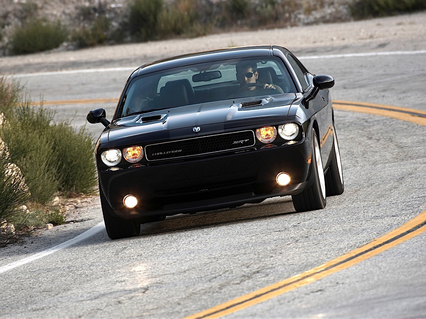 dodge challenger srt8 2008 2013