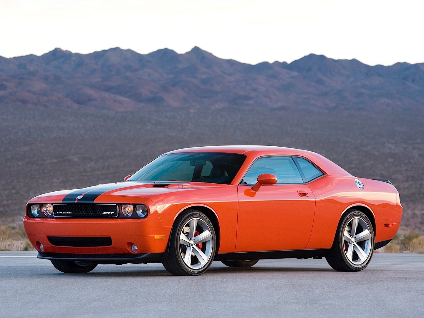 dodge challenger srt8 specs   photos 2008  2009  2010