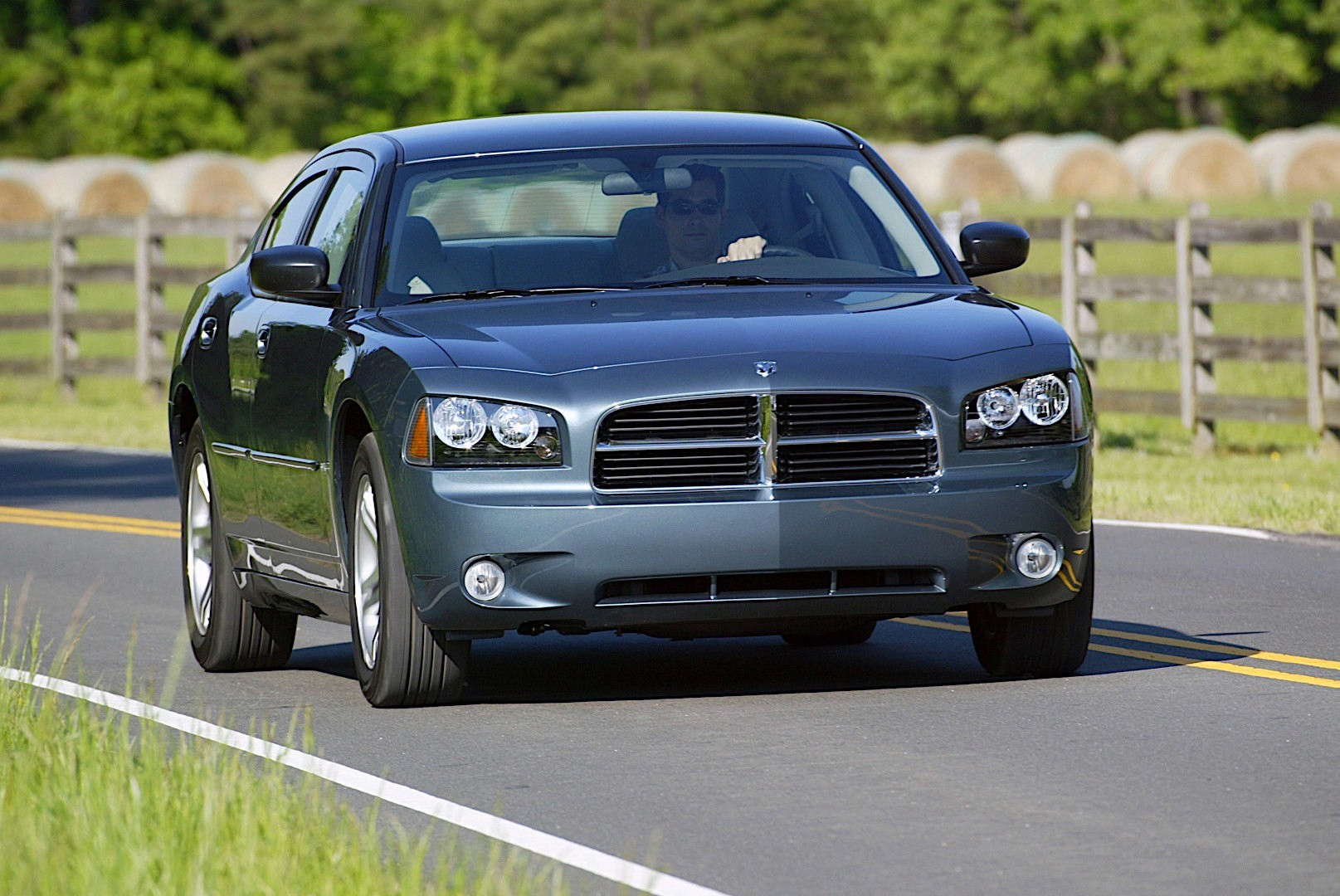 2017 Dodge Charger Hellcat >> DODGE Charger specs & photos - 2005, 2006, 2007, 2008 ...