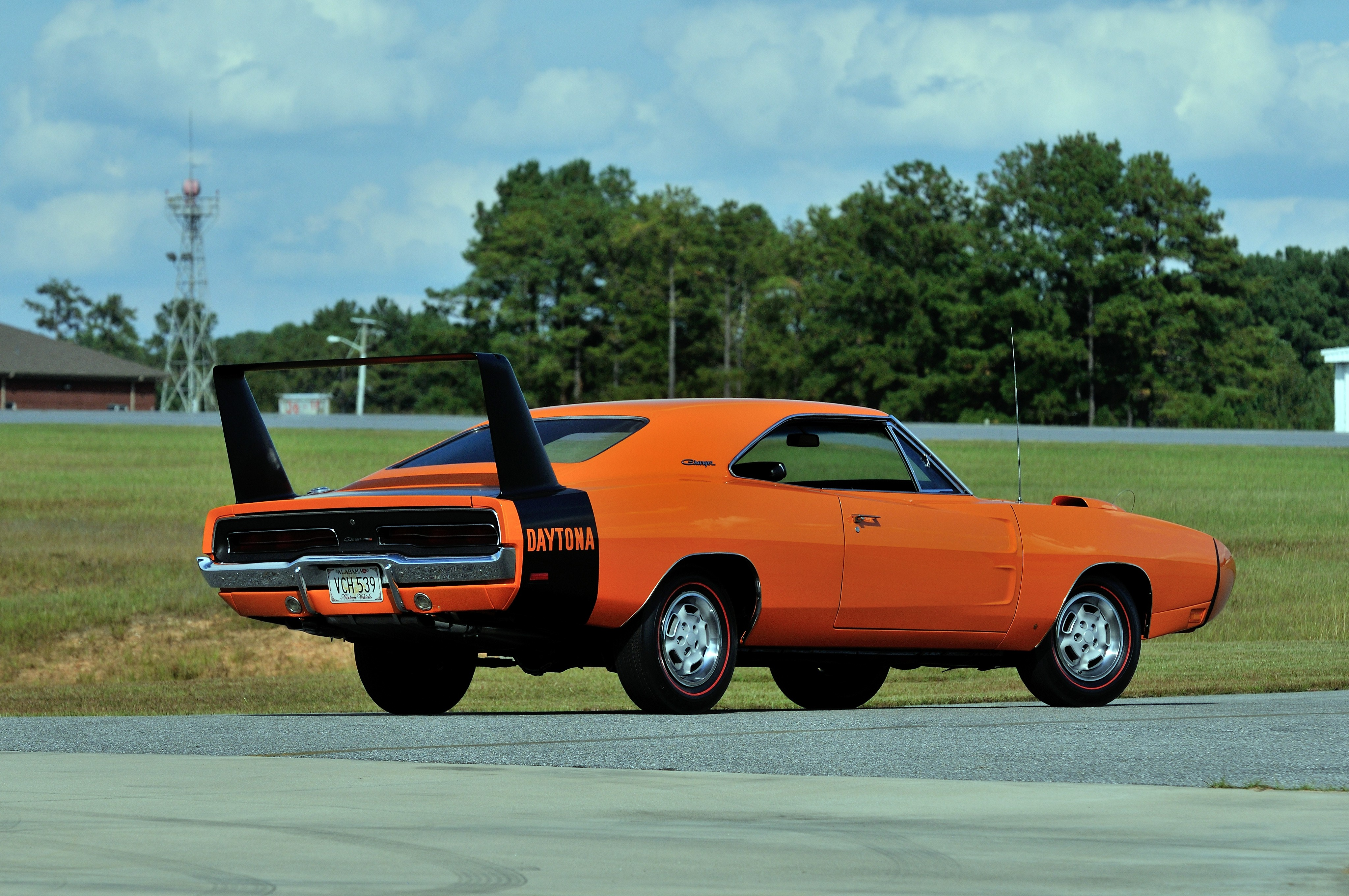 DODGE Charger Daytona specs & photos - 1969 - autoevolution