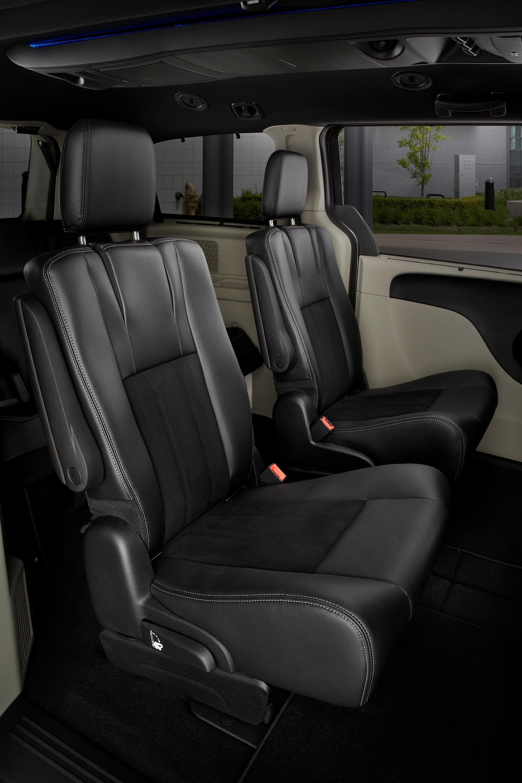 Dodge Grand Caravan Specs Photos 2007 2008 2009 2010 2011 2012 2013 2014 Autoevolution
