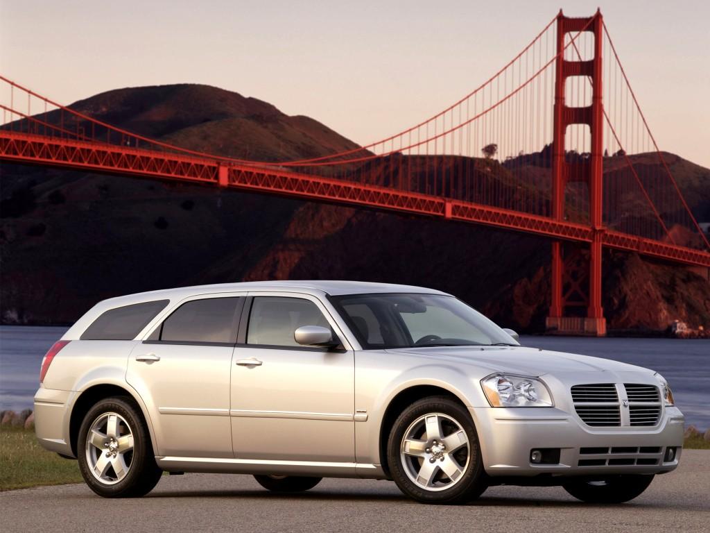 magnum dodge 2004 2007 cars 2005 2006 rt plummeting value autoevolution specs