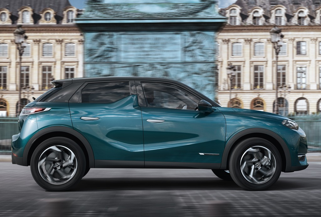 ds automobiles ds 3 crossback specs photos 2018 2019 autoevolution. Black Bedroom Furniture Sets. Home Design Ideas