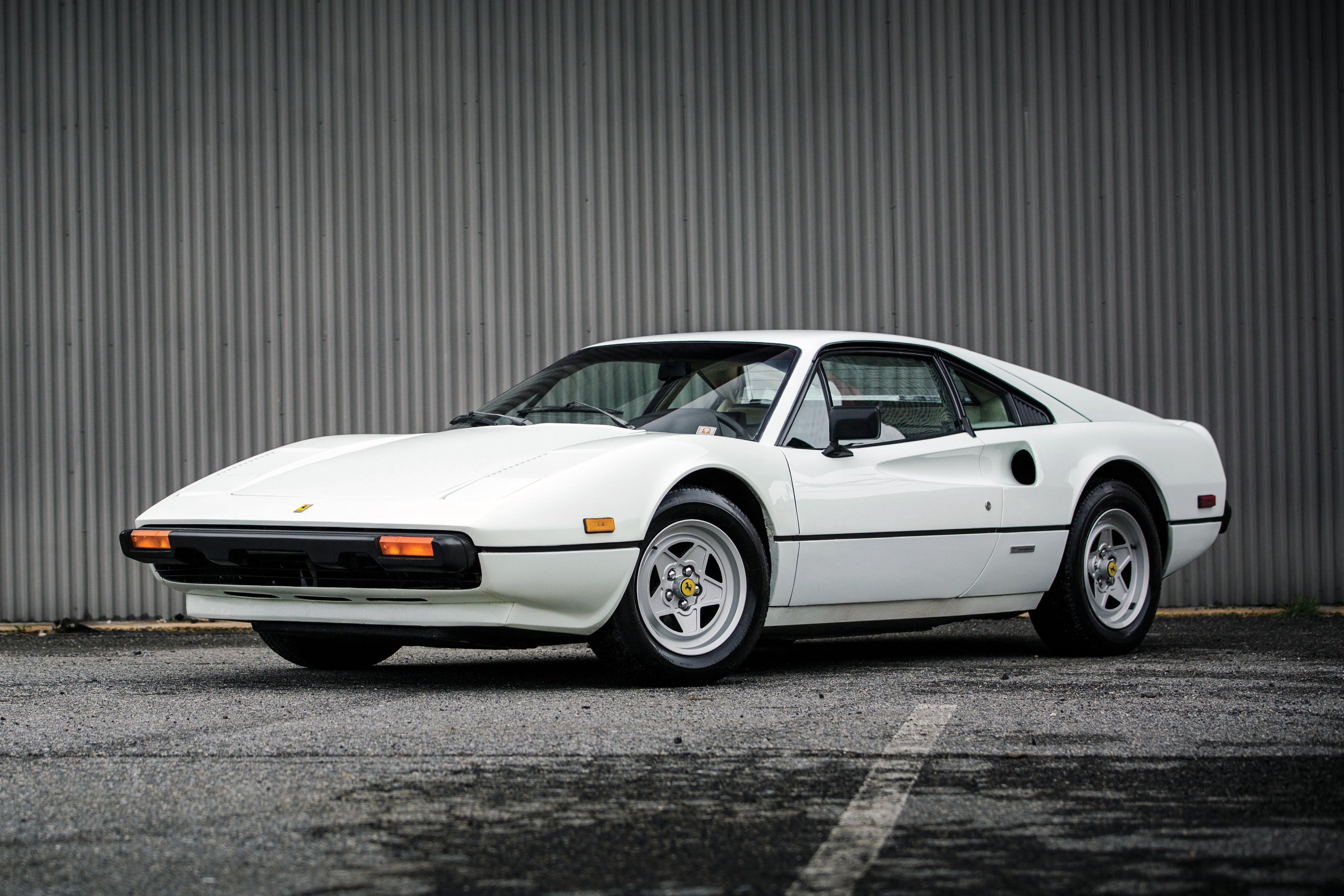 Ferrari 308 Gtbi Spezifikationen Fotos 1980 1981 1982 1983 Autoevolution In Deutscher Sprache