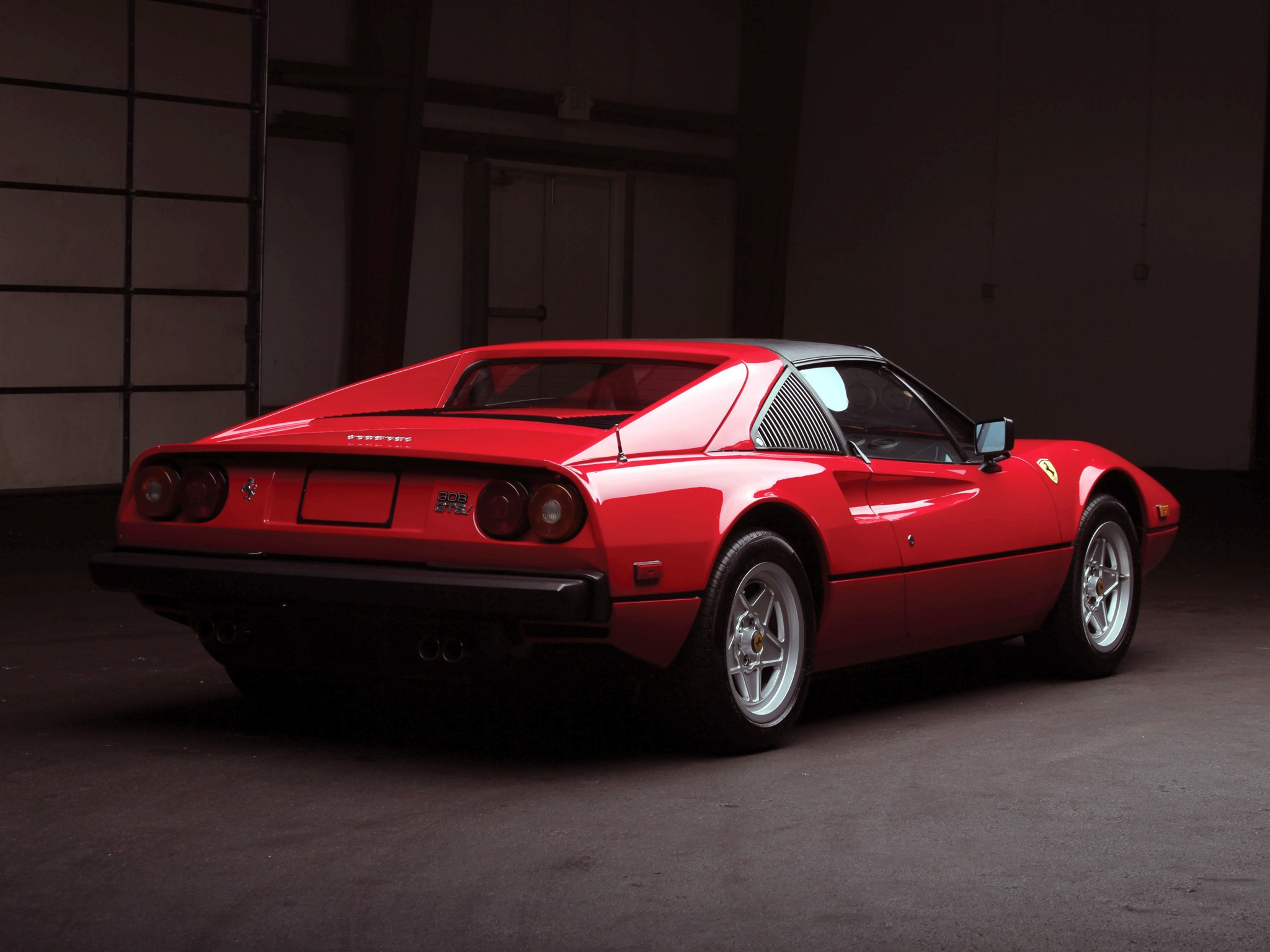 ferrari 308 gtsi specs photos 1980 1981 1982 autoevolution. Black Bedroom Furniture Sets. Home Design Ideas