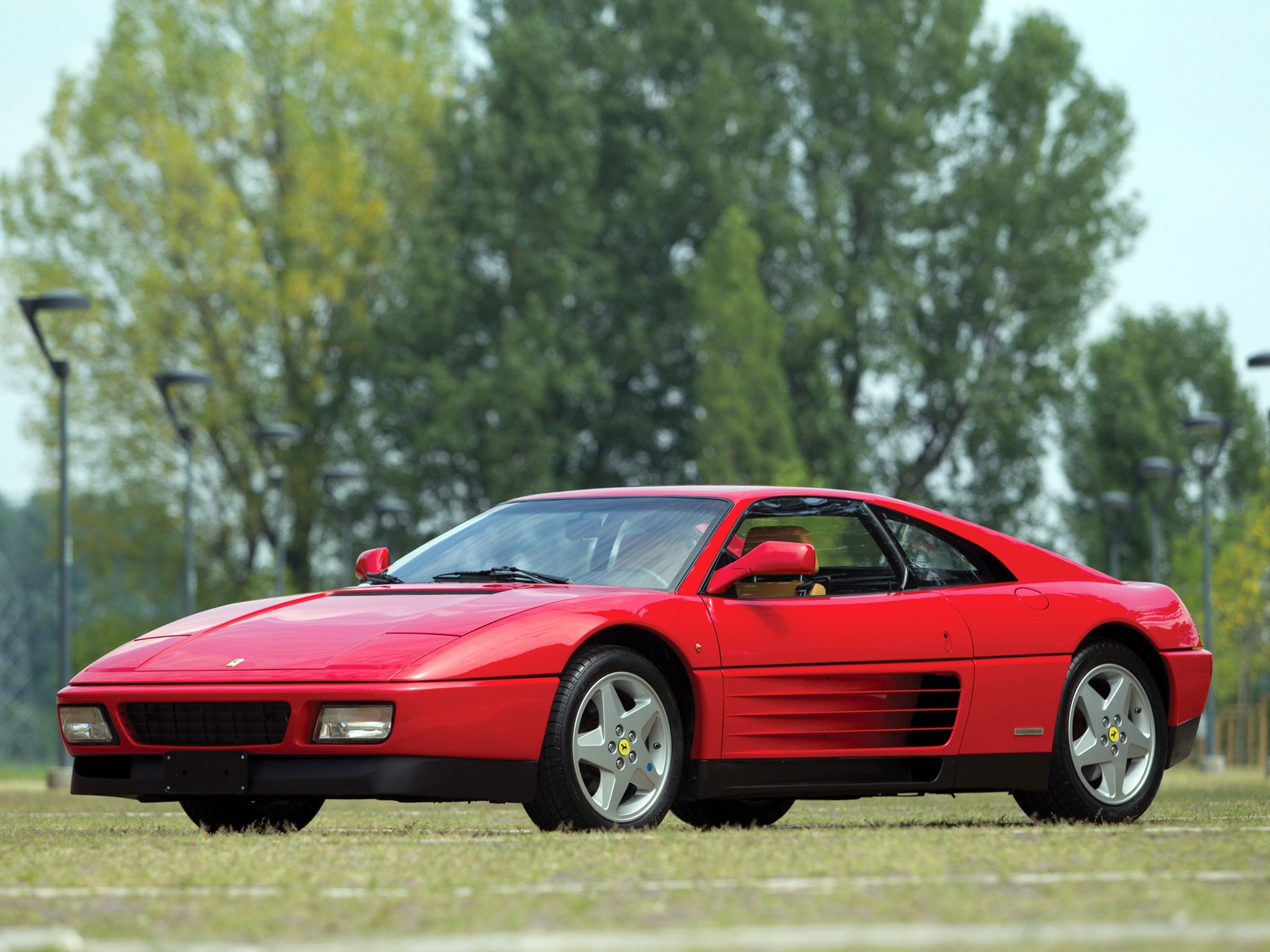 ferrari 348 tb specs 1989 1990 1991 1992 1993 autoevolution. Black Bedroom Furniture Sets. Home Design Ideas