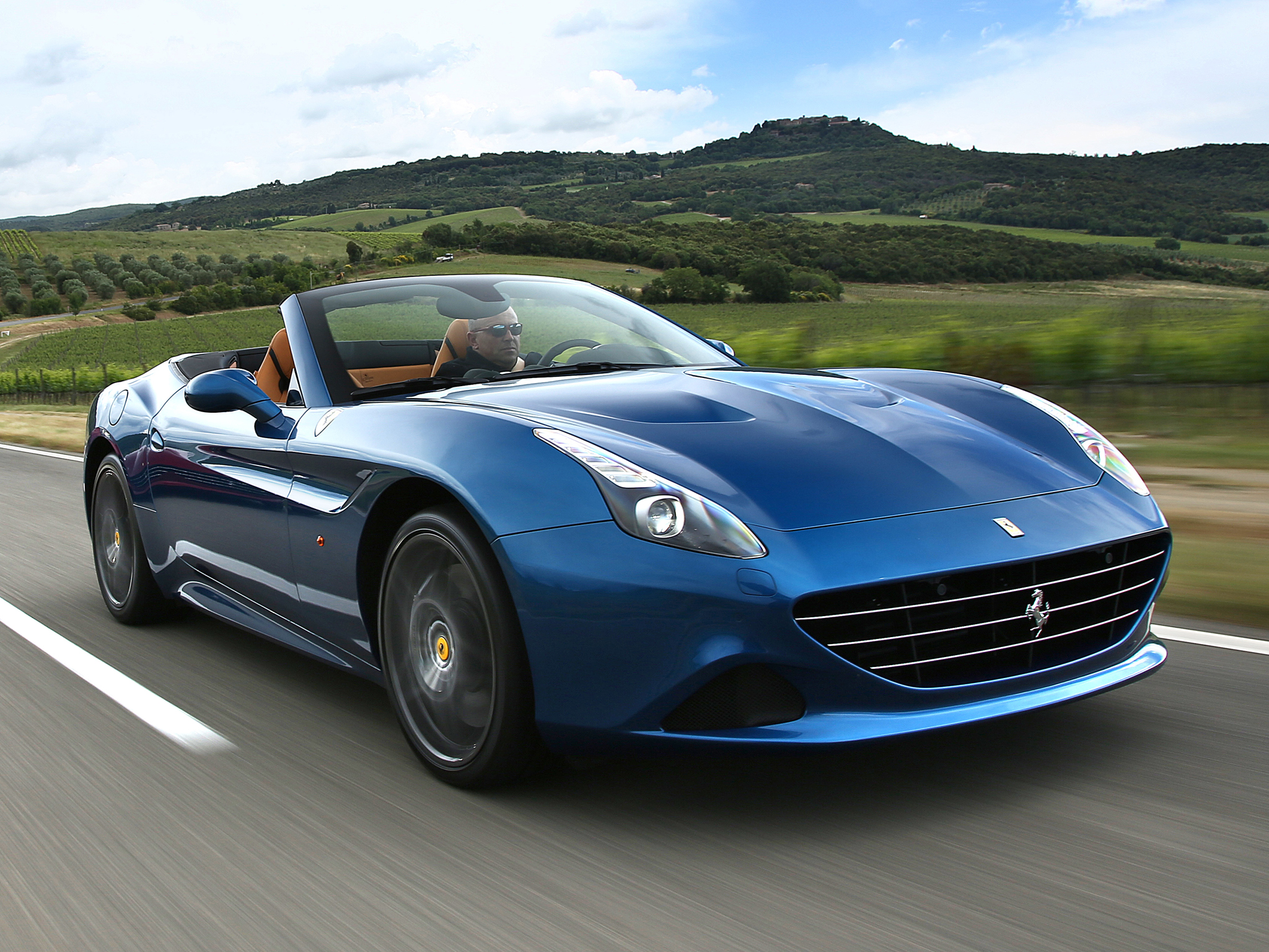 ferrari california t 2014 2015 2016 2017 autoevolution. Black Bedroom Furniture Sets. Home Design Ideas