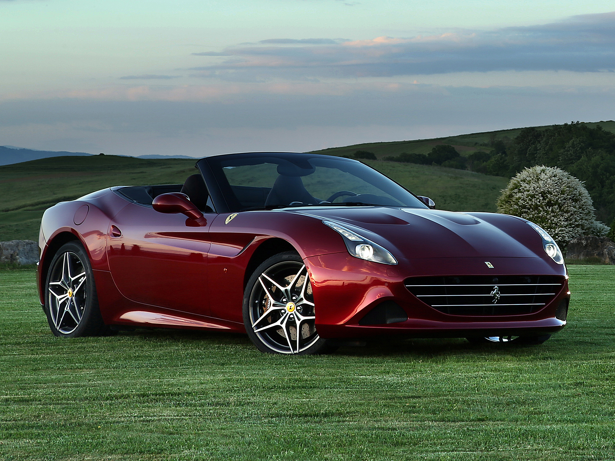 ferrari california t specs 2014 2015 2016 2017 autoevolution. Black Bedroom Furniture Sets. Home Design Ideas