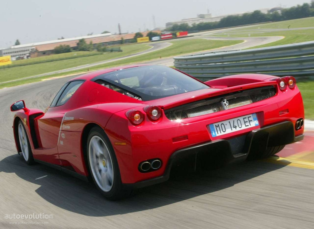 Ferrari Enzo Specs Photos 2002 2003 2004 Autoevolution