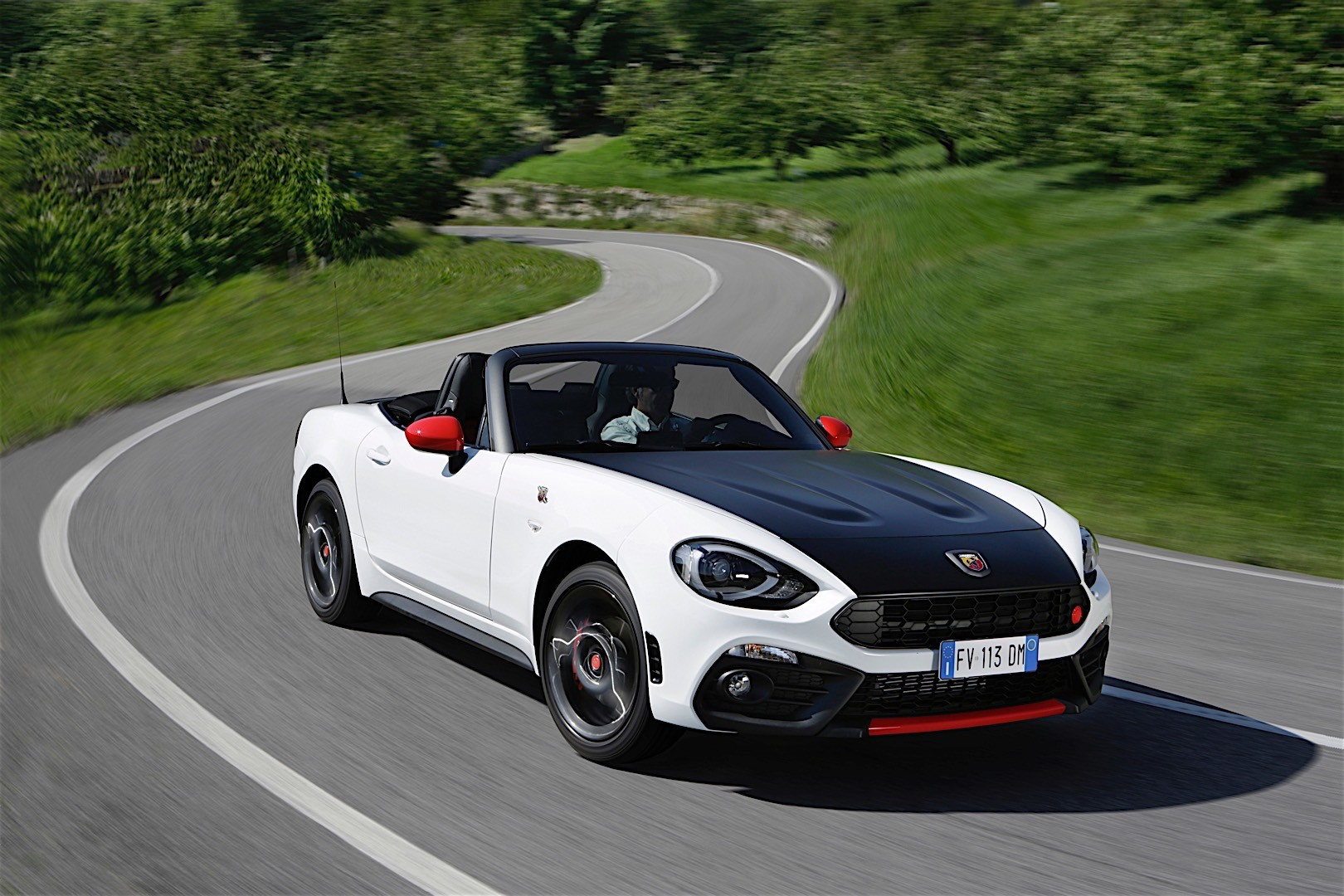 Fiat 124 abarth spider specs photos 2017 2018 for Fiat 124 spider motor