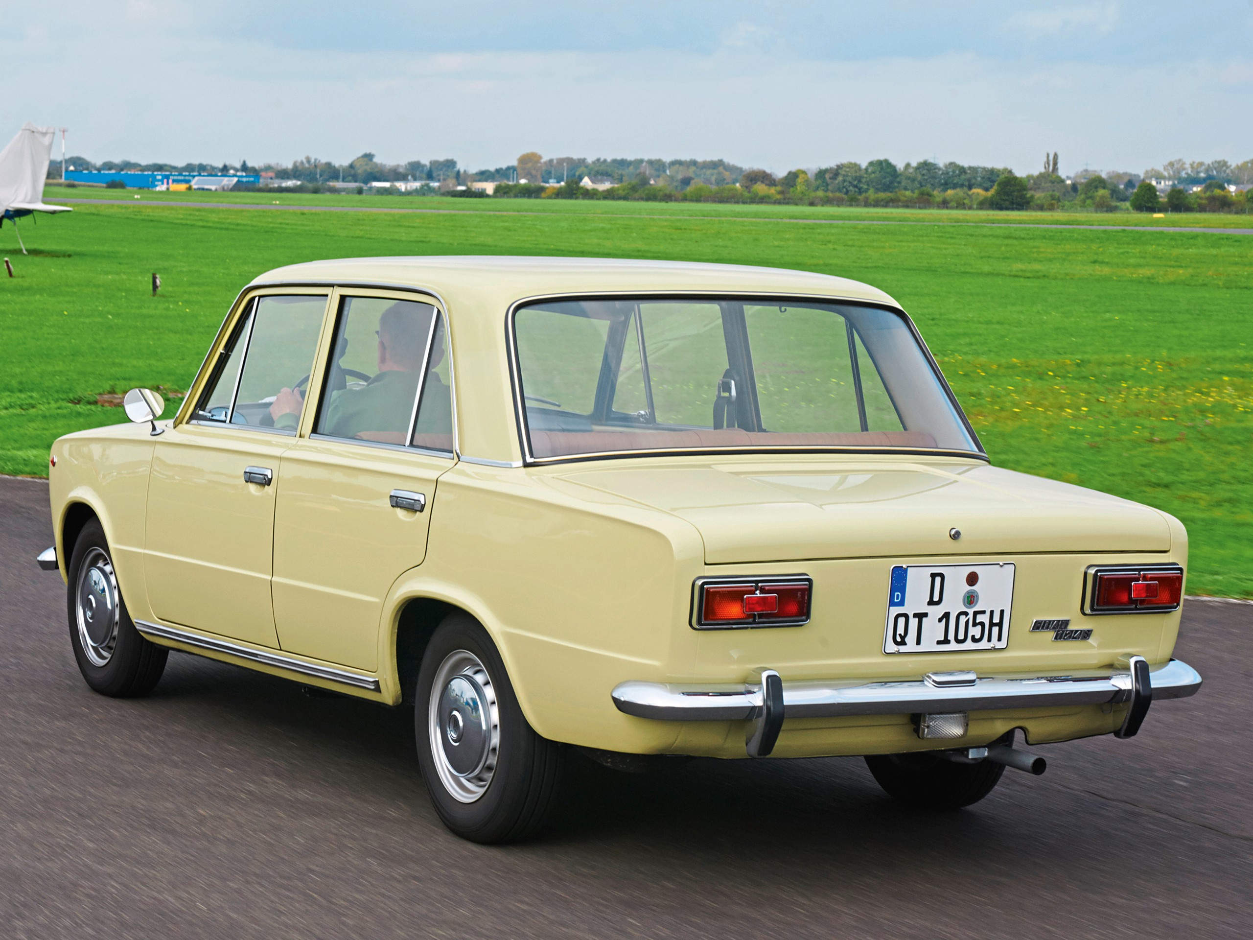 FIAT 124 Special T specs & photos - 1968, 1969, 1970, 1971 ...