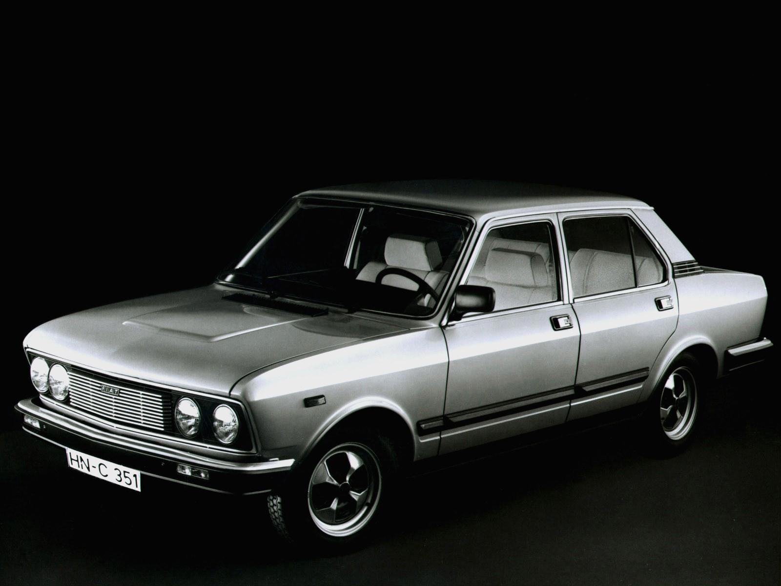 FIAT 132 specs & photos - 1972, 1973, 1974, 1975, 1976 ...