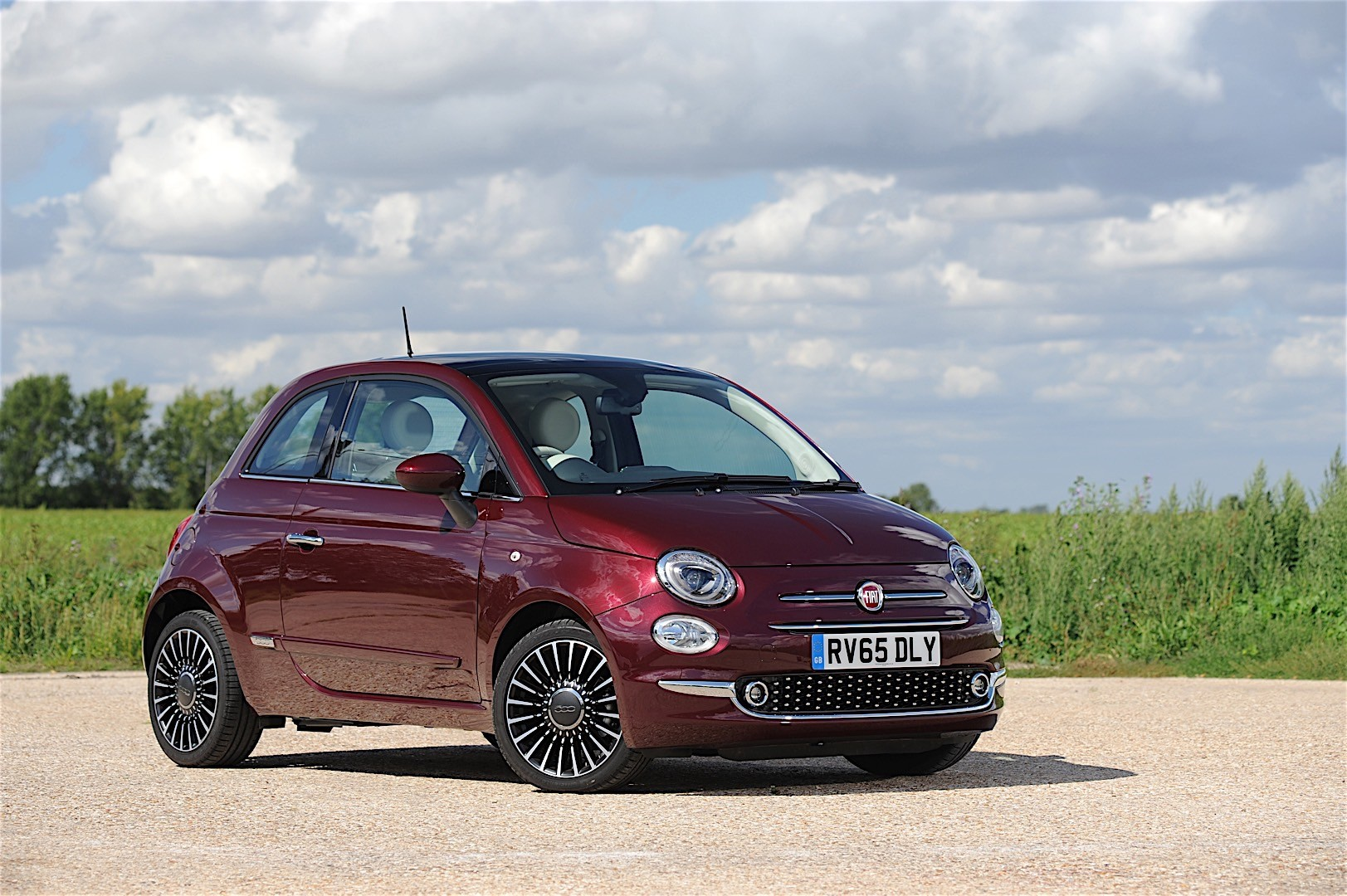 fiat 500 specs 2015 2016 2017 2018 autoevolution. Black Bedroom Furniture Sets. Home Design Ideas