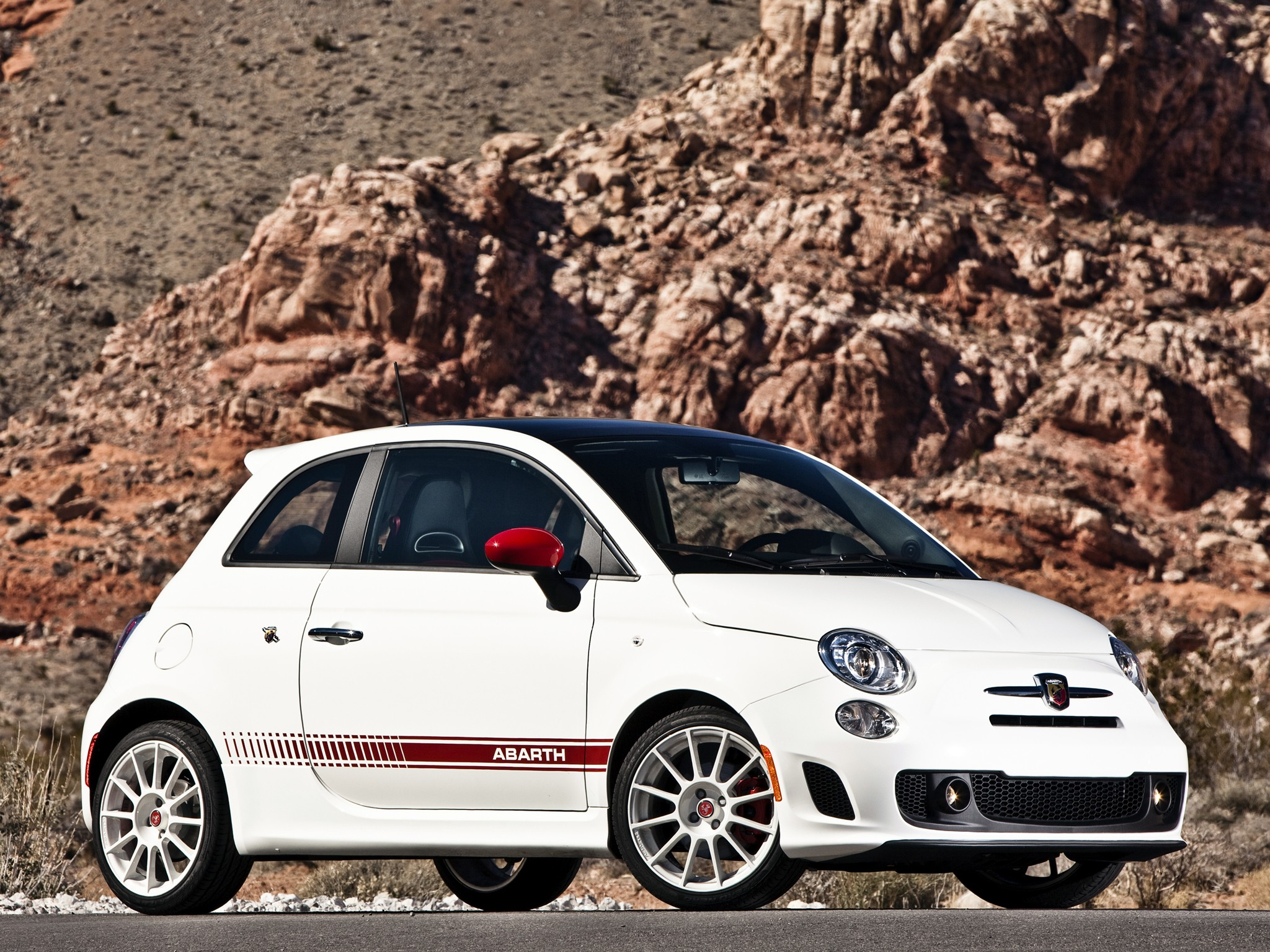 fiat 500 abarth specs 2008 2009 2010 2011 2012 2013 2014 2015 2016 2017 2018. Black Bedroom Furniture Sets. Home Design Ideas