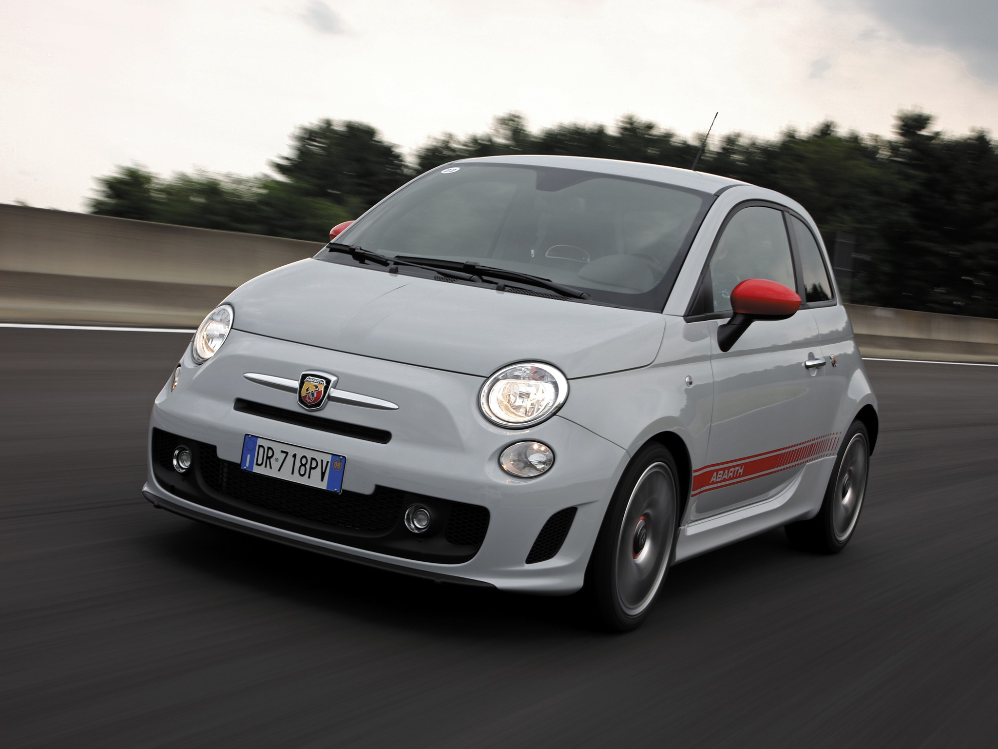 gasoline powered cars with Fiat 500 Abarth 2008 on Fuelcell vehicle moreover Ssangyong Korando 1997 moreover Kia Rio Hatchback 2009 moreover Porsche 911 Carrera 4 996 2001 besides Toyota Prius 1997.