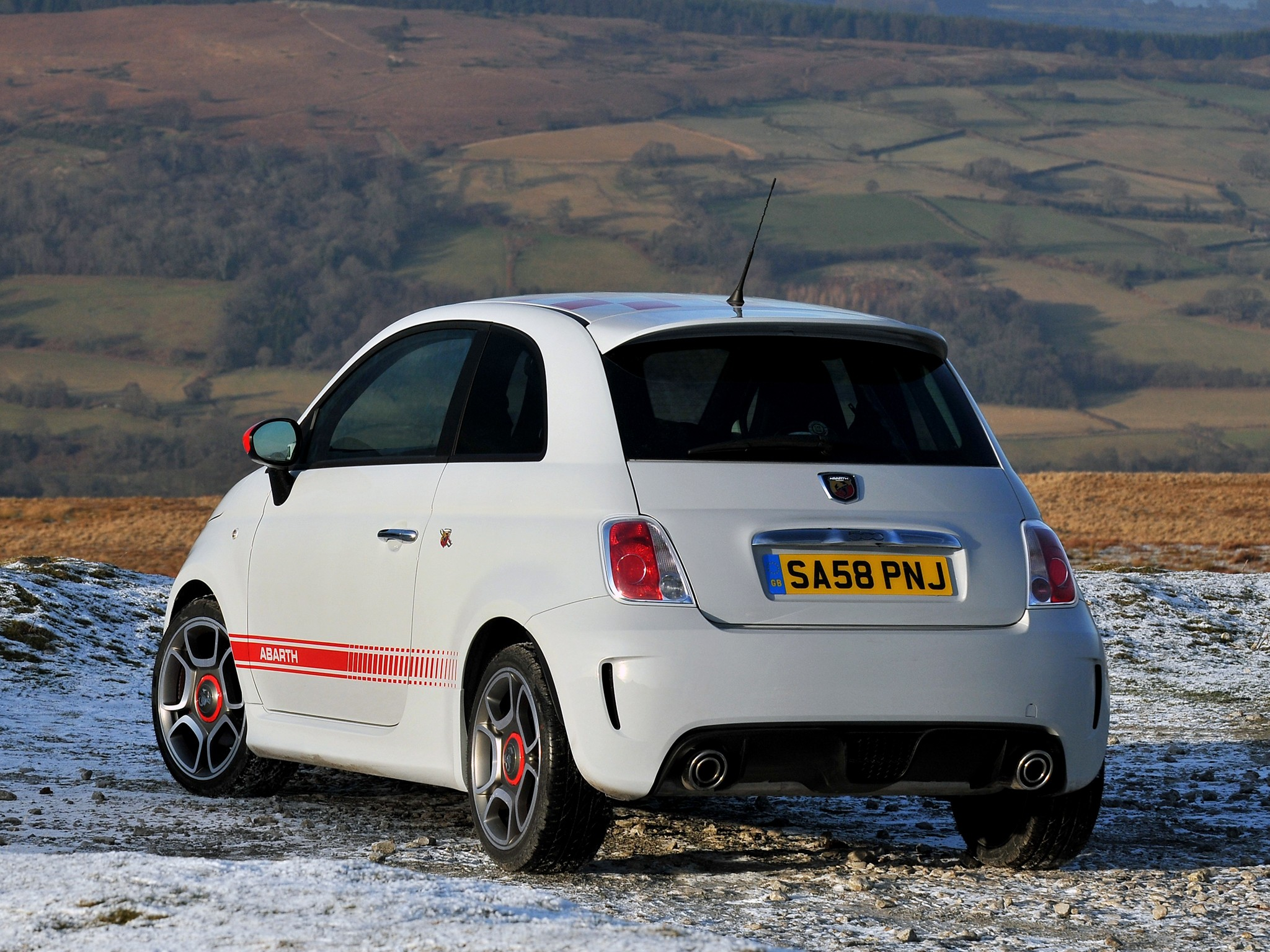 fiat 500 abarth specs 2008 2009 2010 2011 2012 2013. Black Bedroom Furniture Sets. Home Design Ideas