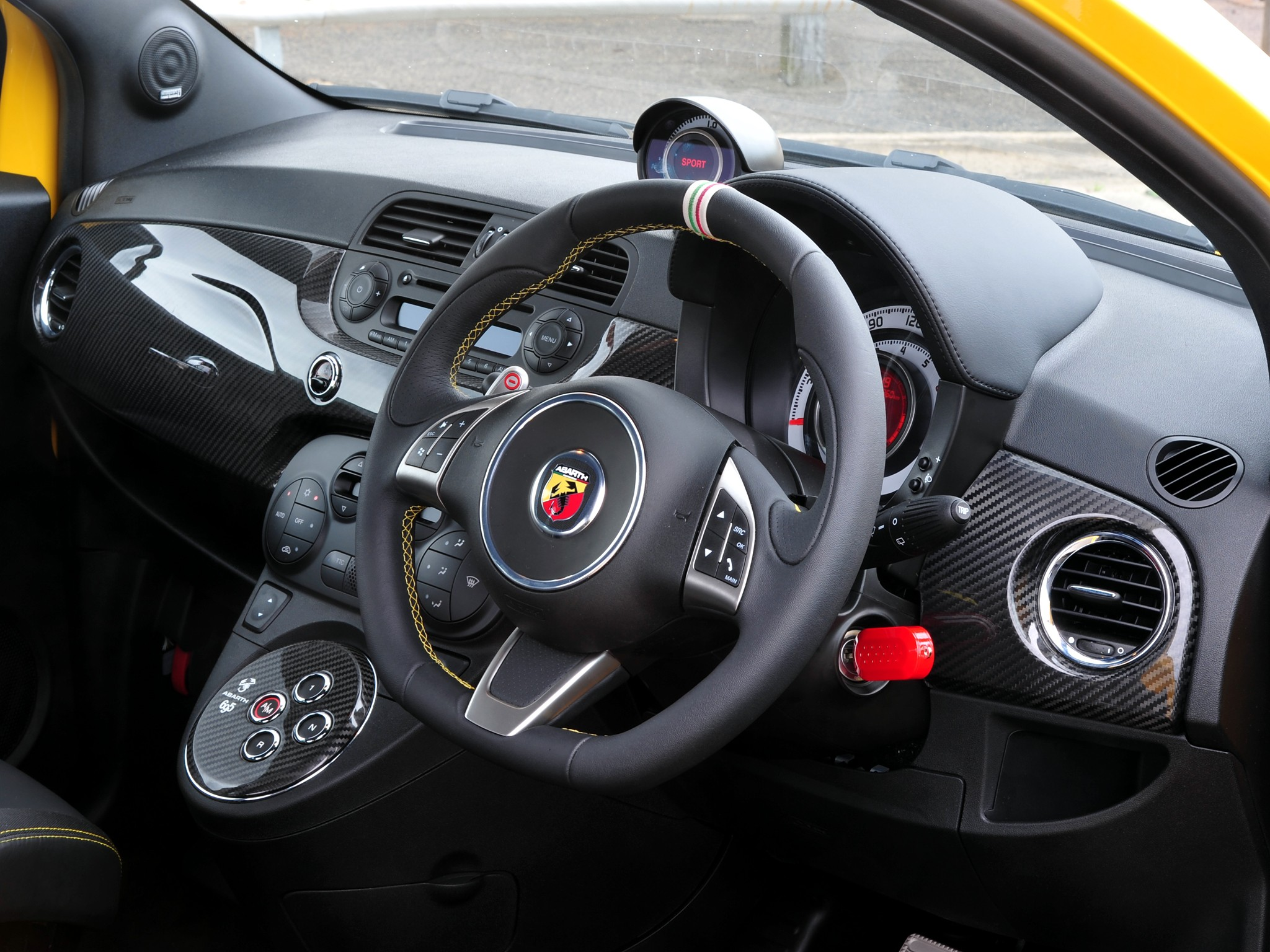 Fiat 500 Abarth 695 Tributo Ferrari Specs Photos 2009 2010 2011 2012 2013 2014 2015 2016 2017 2018 2019 2020 2021 Autoevolution