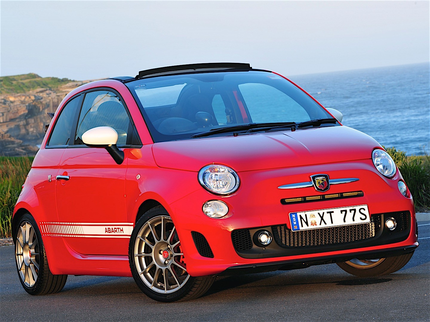 fiat 500c abarth esseesse specs 2010 2011 2012 2013 2014 2015 2016 2017 2018. Black Bedroom Furniture Sets. Home Design Ideas