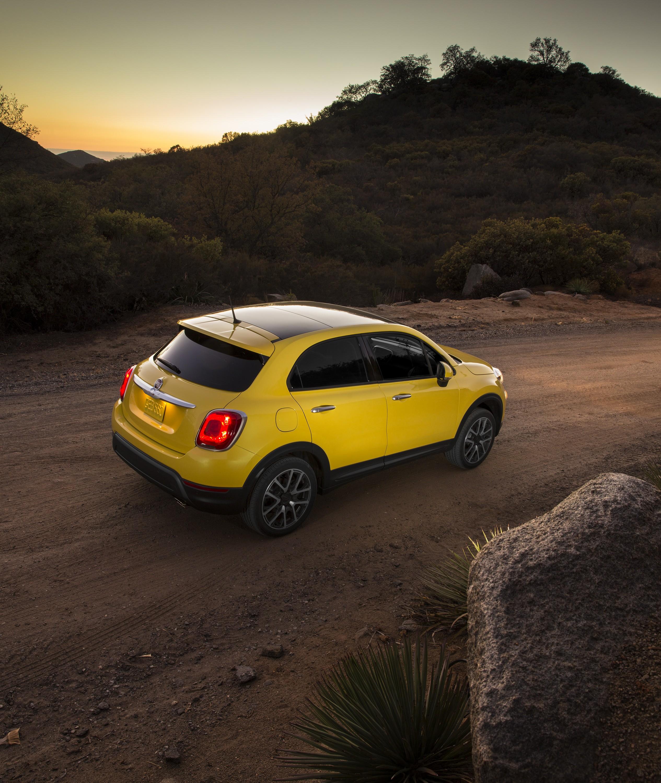 2018 Fiat 500l Camshaft: FIAT 500L Trekking Specs & Photos