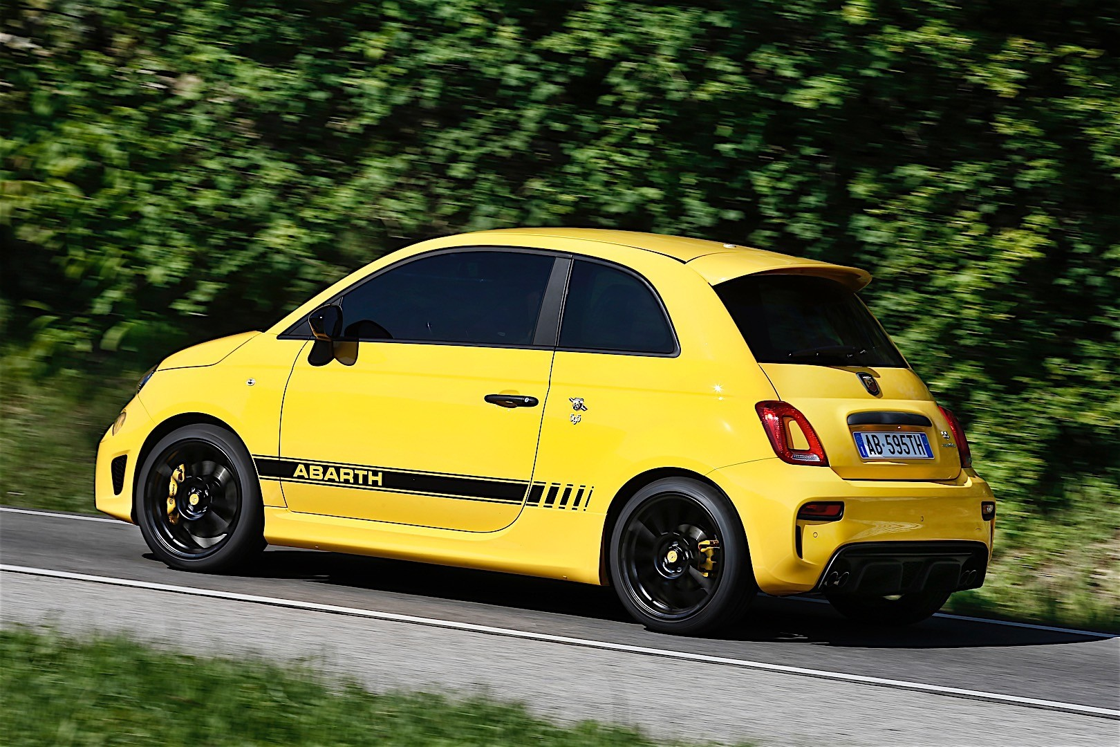 review size tributo abarth engine photos caradvice fiat ferrari