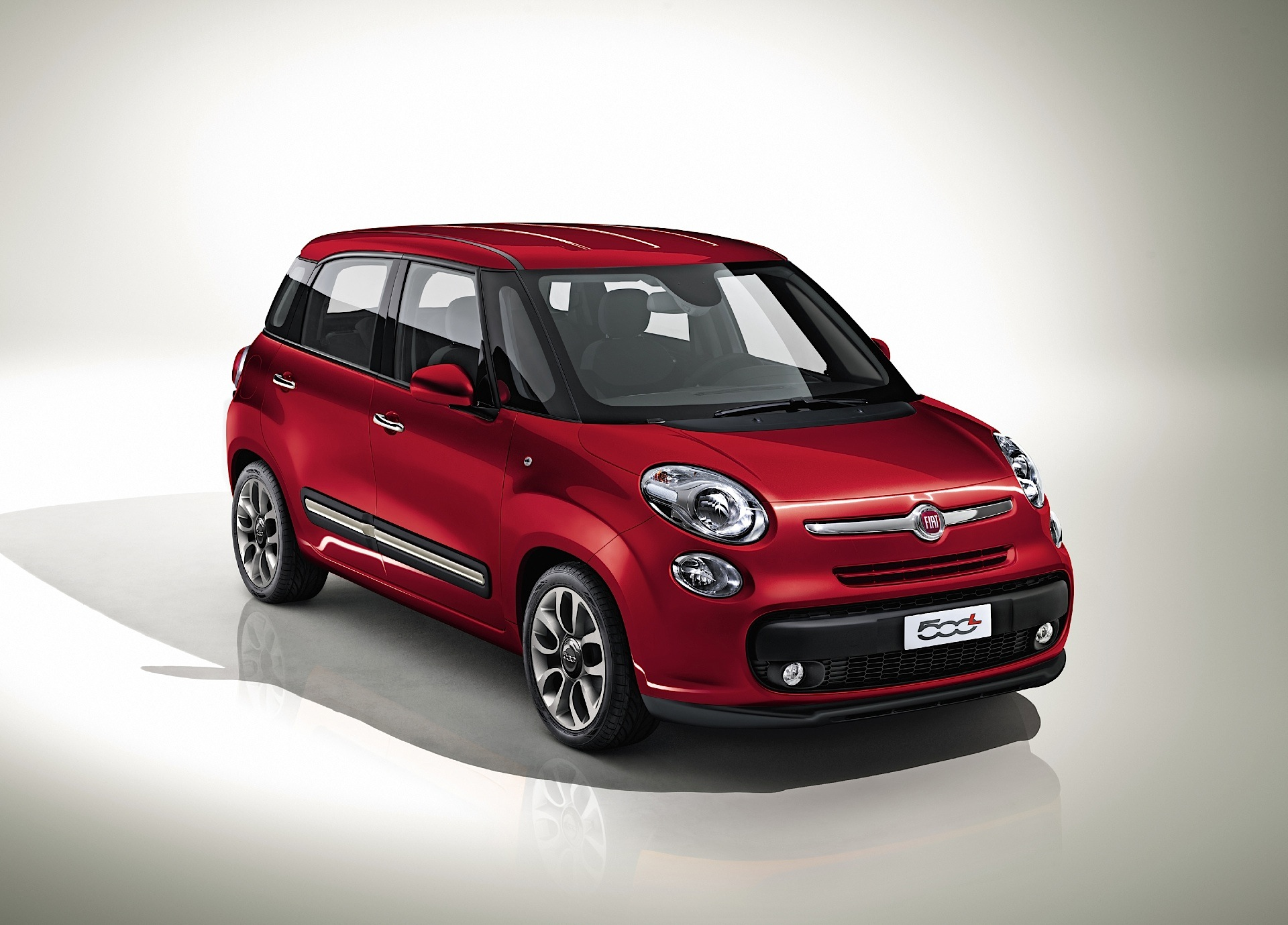 fiat 500l specs 2012 2013 2014 2015 2016 2017 autoevolution. Black Bedroom Furniture Sets. Home Design Ideas