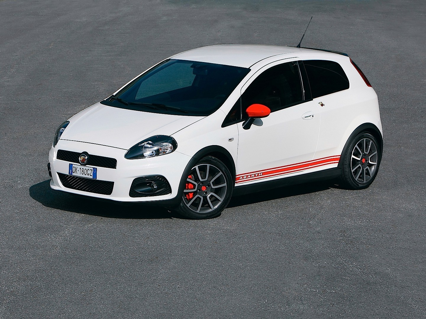 fiat grande punto abarth specs 2007 2008 2009 2010. Black Bedroom Furniture Sets. Home Design Ideas