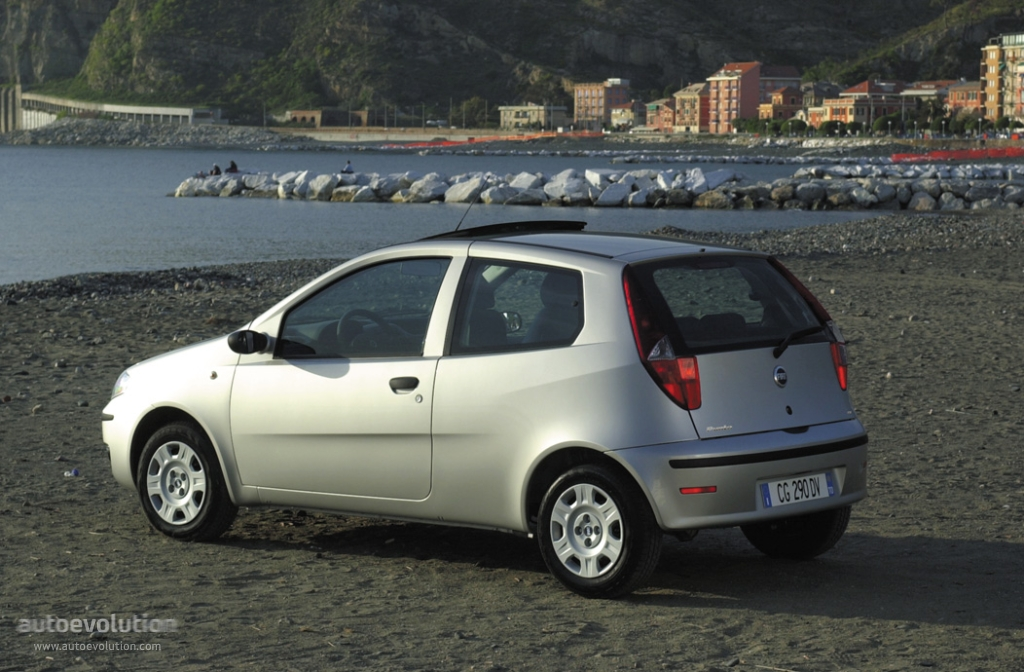fiat punto 3 doors specs 2003 2004 2005 autoevolution. Black Bedroom Furniture Sets. Home Design Ideas