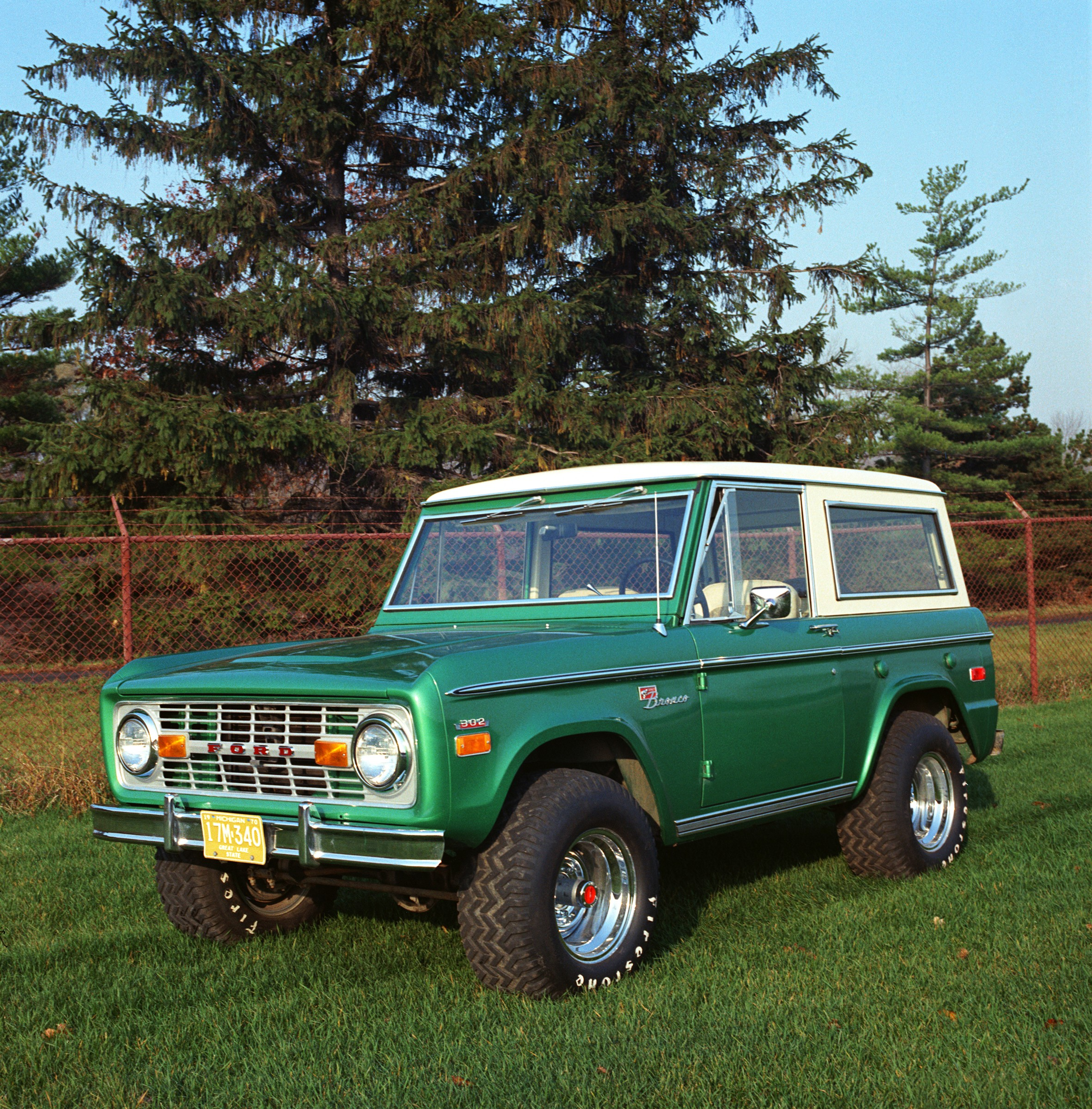 Ford Bronco on 1996 Bronco Stock