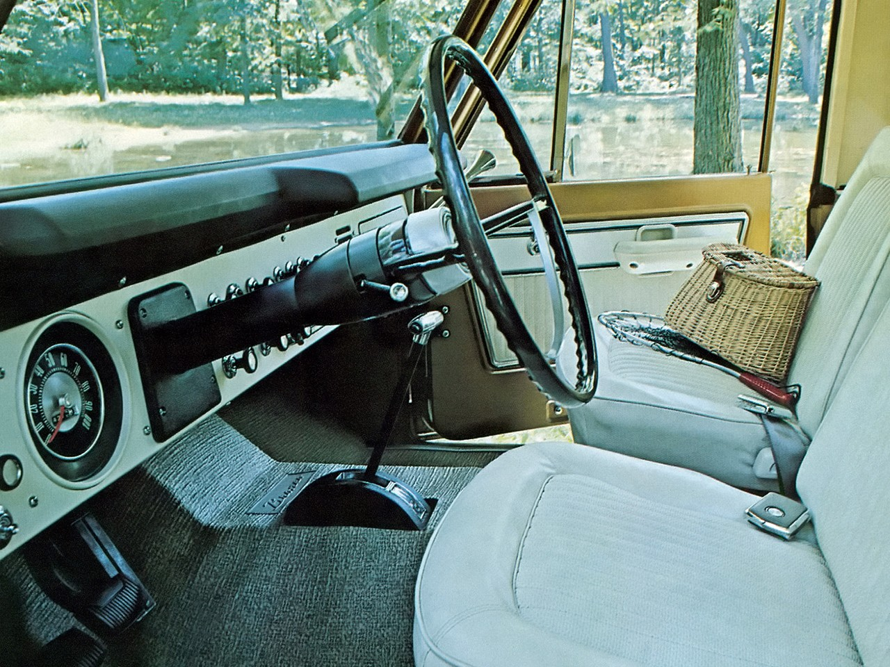 Ford Bronco Specs Photos 1966 1967 1968 1969 1970 1971 Interior 1977