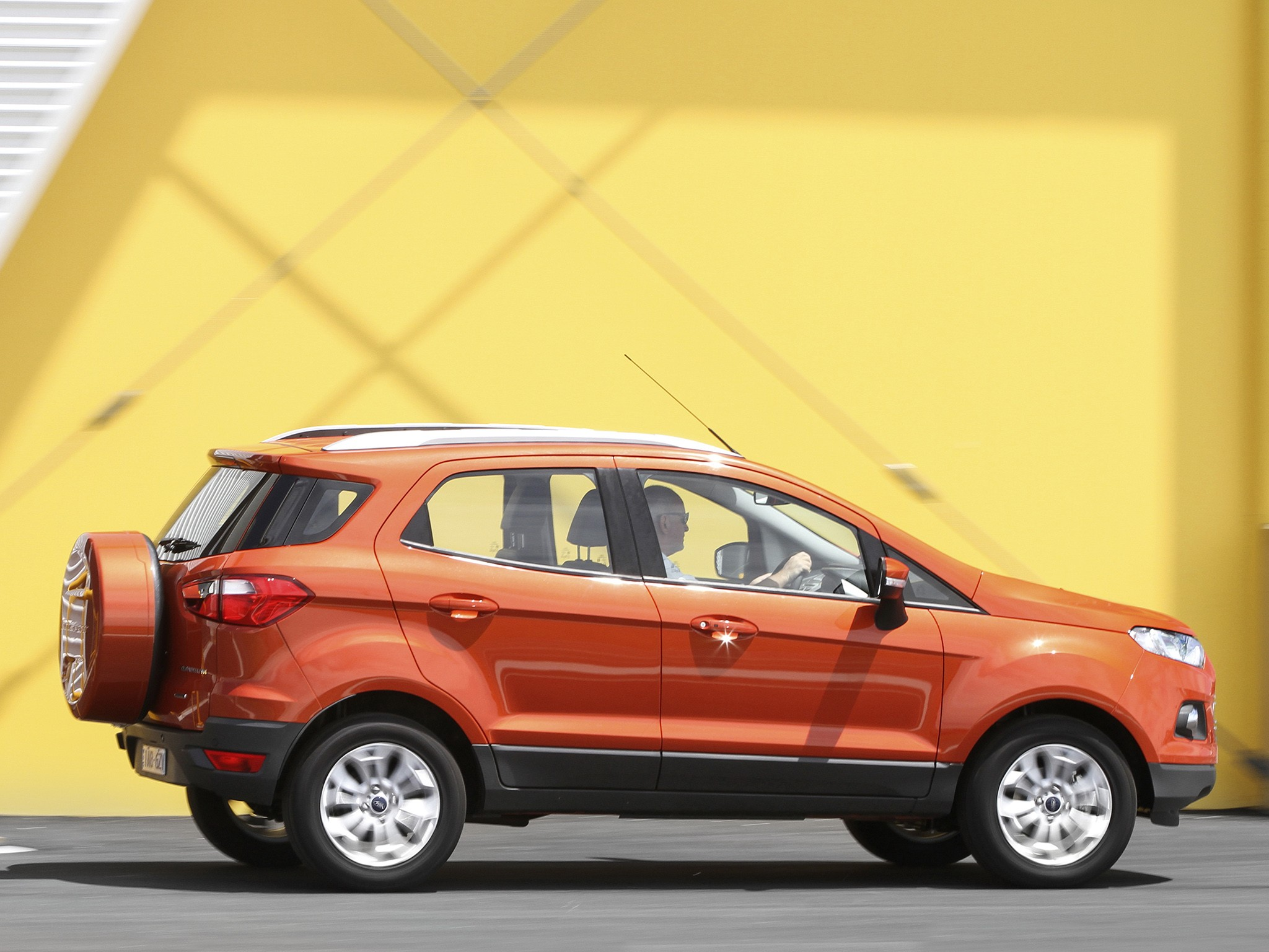 ford ecosport specs amp photos 2013 2014 2015 2016