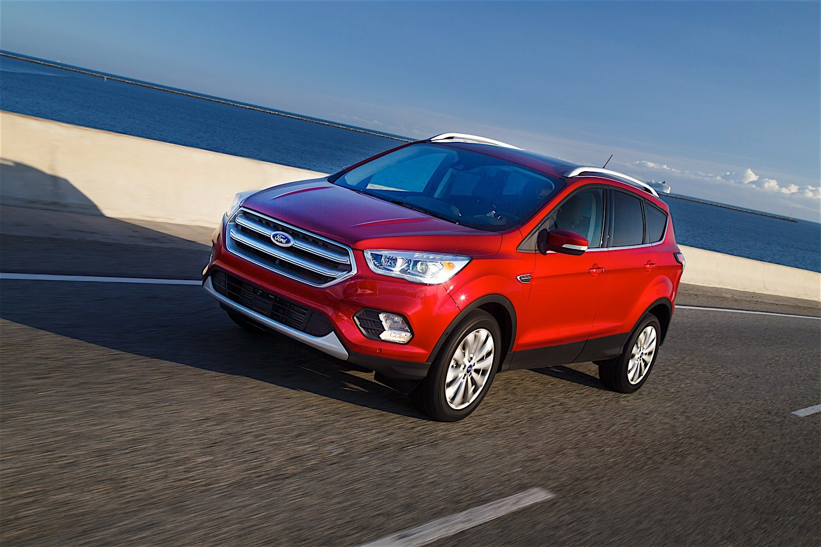 ford escape specs 2016 2017 2018 autoevolution. Black Bedroom Furniture Sets. Home Design Ideas