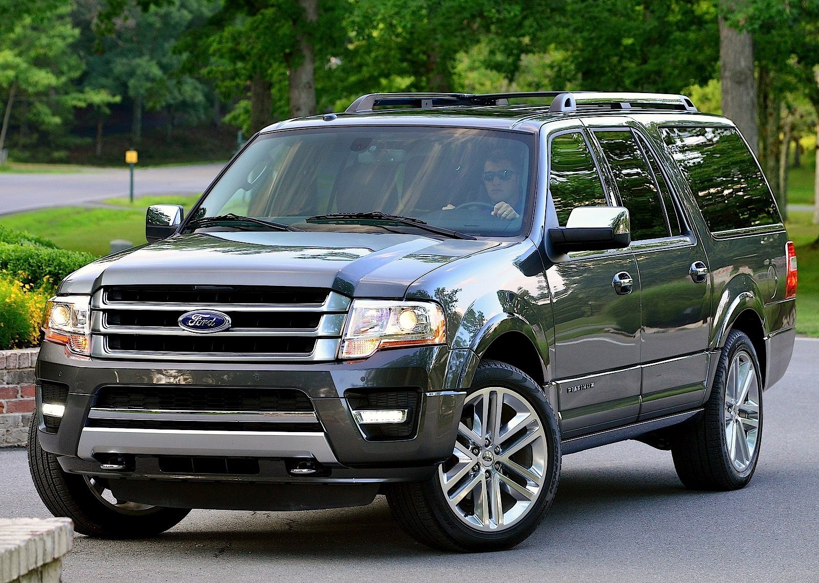 ford expedition specs 2014 2015 2016 2017 2018 autoevolution. Black Bedroom Furniture Sets. Home Design Ideas