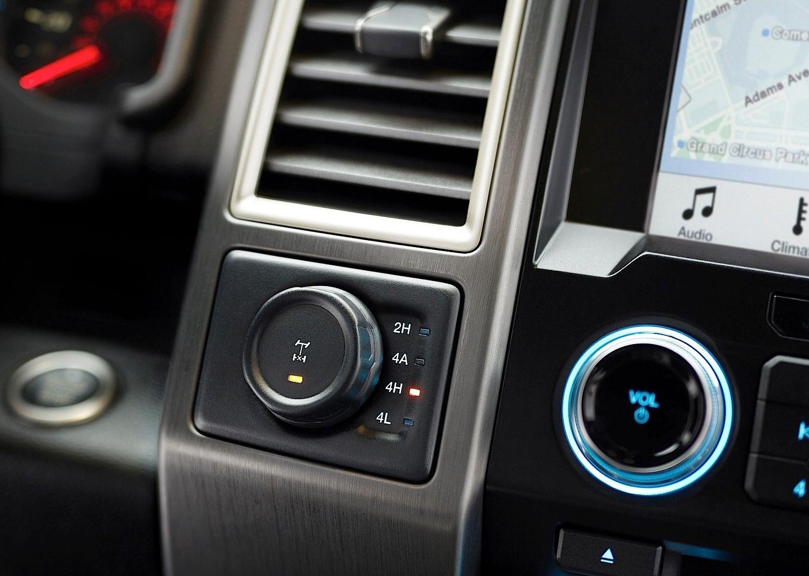 2018 Ford Raptor 4 Door >> FORD F-150 SVT Raptor specs & photos - 2017, 2018, 2019 - autoevolution
