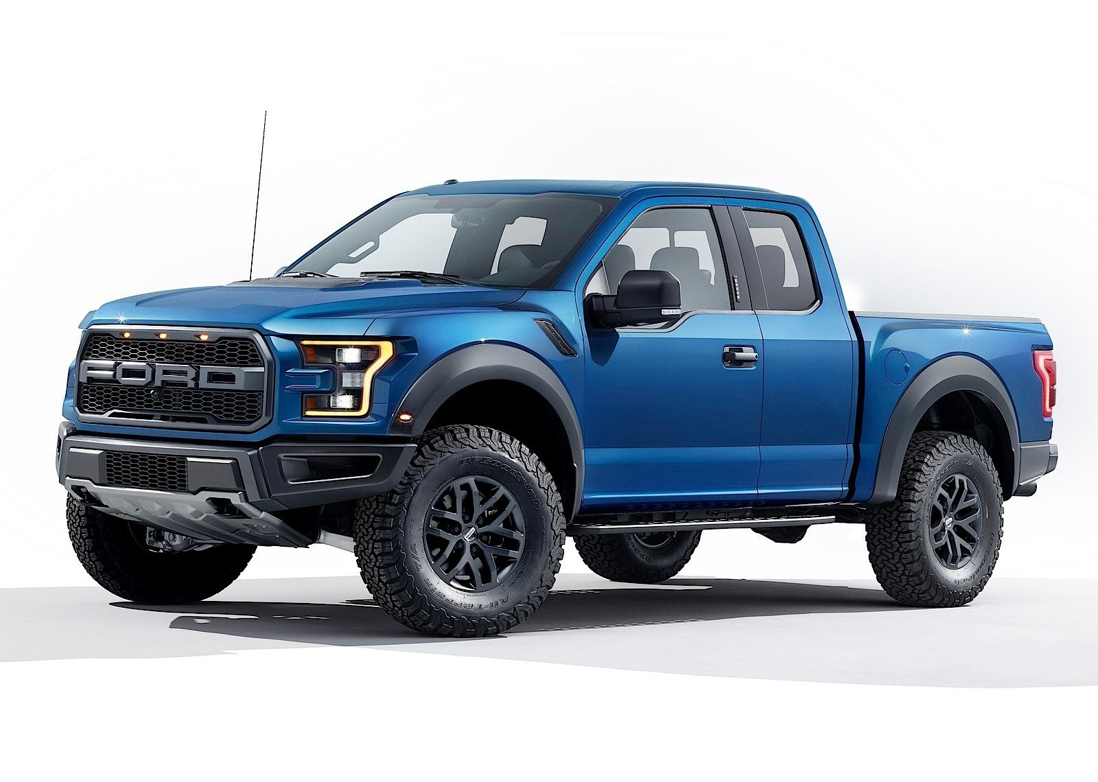 FORD F-150 SVT Raptor specs & photos - 2017, 2018, 2019 ...