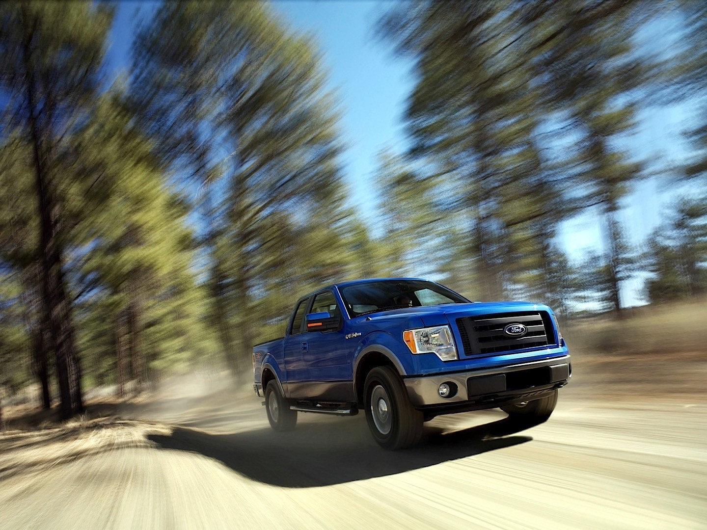 Bed Of A Truck >> FORD F-150 Super Cab specs & photos - 2009, 2010, 2011 ...