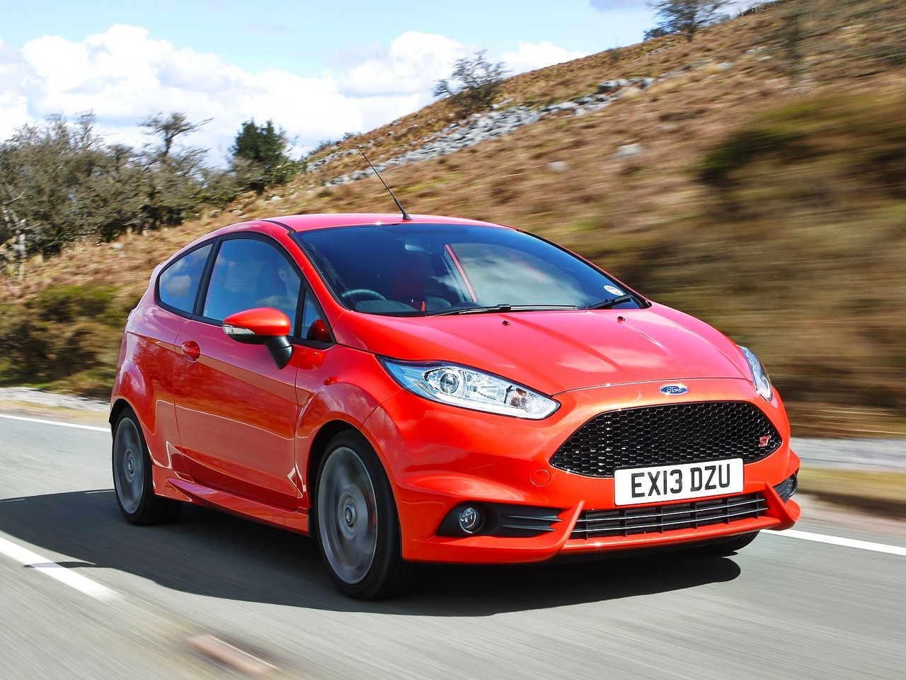 ford fiesta st specs 2012 2013 2014 2015 2016 2017 2018 autoevolution. Black Bedroom Furniture Sets. Home Design Ideas