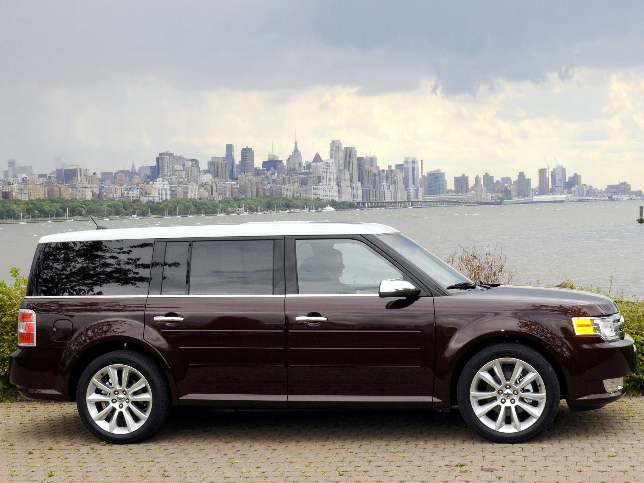 Ford Flex on Ford Duratec V6 Engine