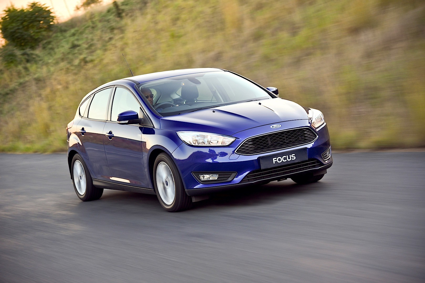 Ford My Key >> FORD Focus 5 Doors specs - 2014, 2015, 2016, 2017, 2018 ...