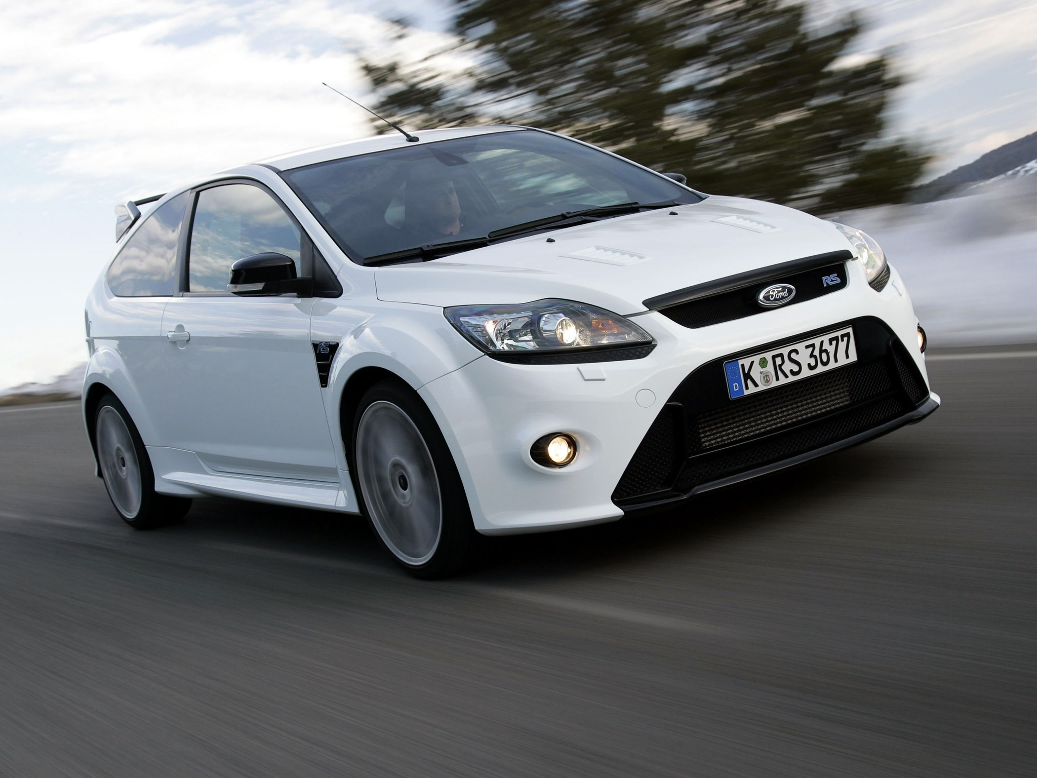 FORD Focus RS specs & photos - 2008, 2009, 2010, 2011 - autoevolution