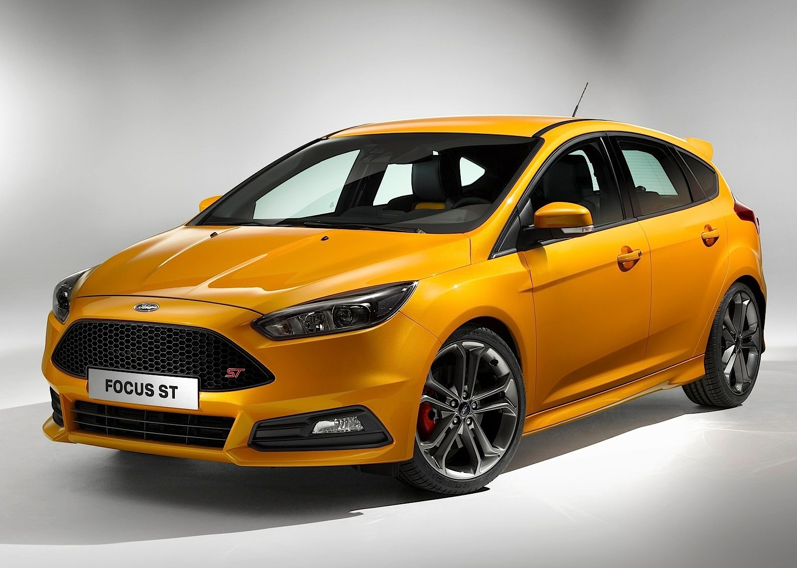 FORD Focus ST 5 Doors specs & photos - 2014, 2015, 2016 ...