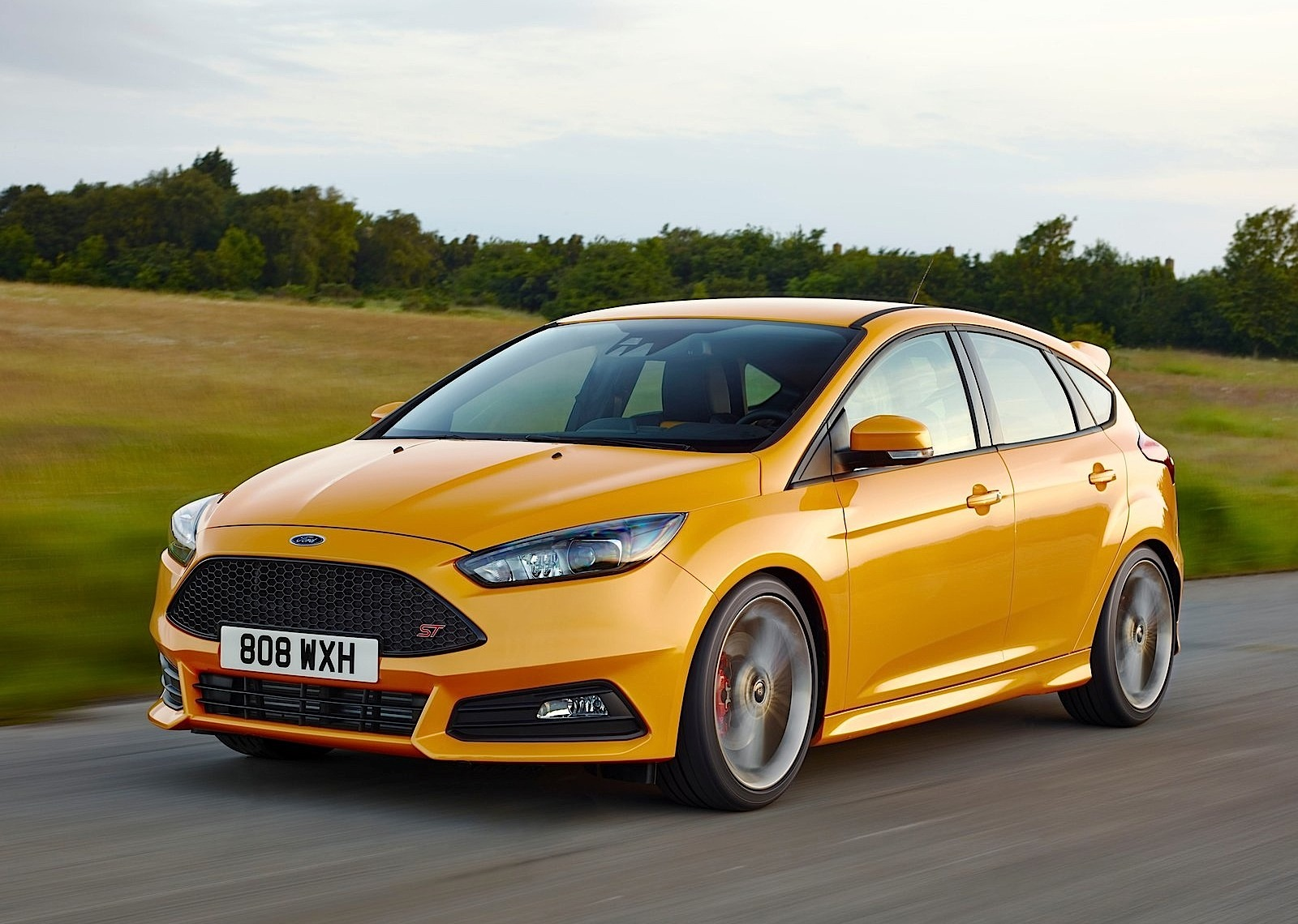 FORD Focus ST 5 Doors specs & photos - 2014, 2015, 2016, 2017, 2018 - autoevolution
