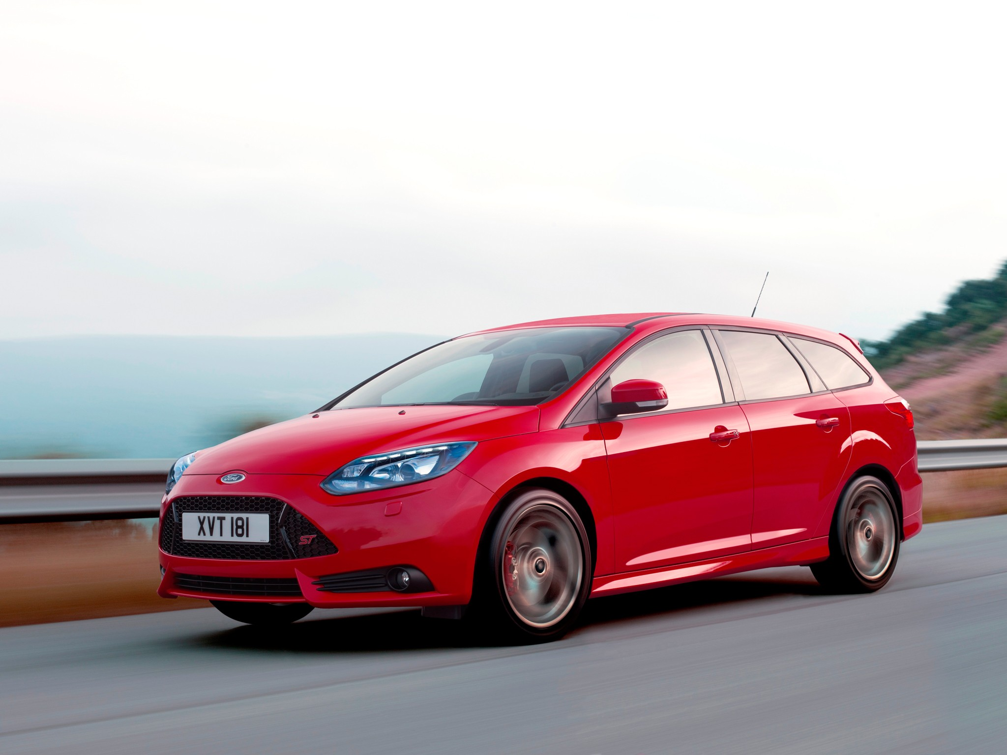 ford focus st estate specs photos 2012 2013 2014 2015 2016 2017 2018 autoevolution. Black Bedroom Furniture Sets. Home Design Ideas