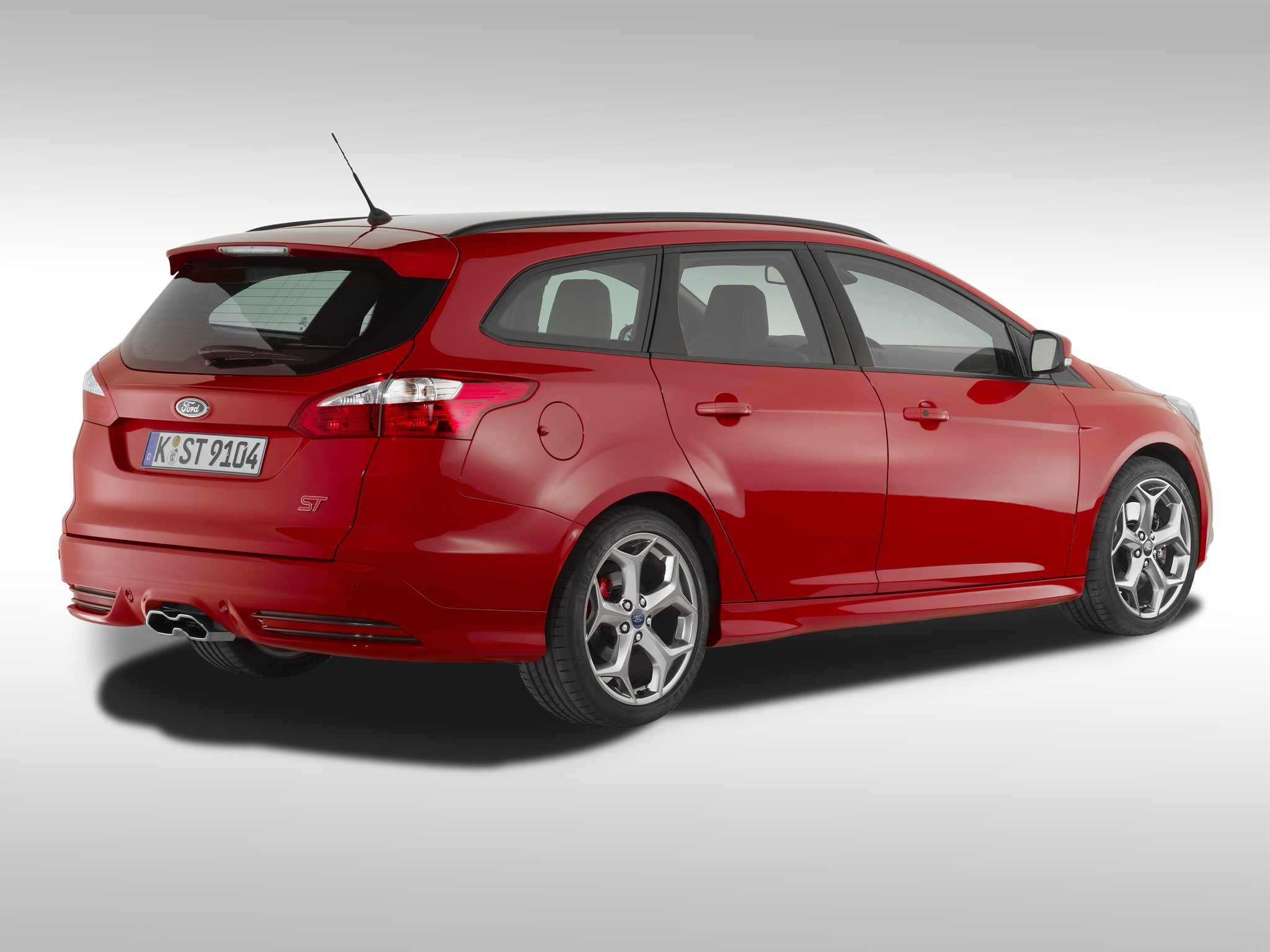 ford focus st estate 2012 2013 2014 2015 2016 2017 autoevolution. Black Bedroom Furniture Sets. Home Design Ideas