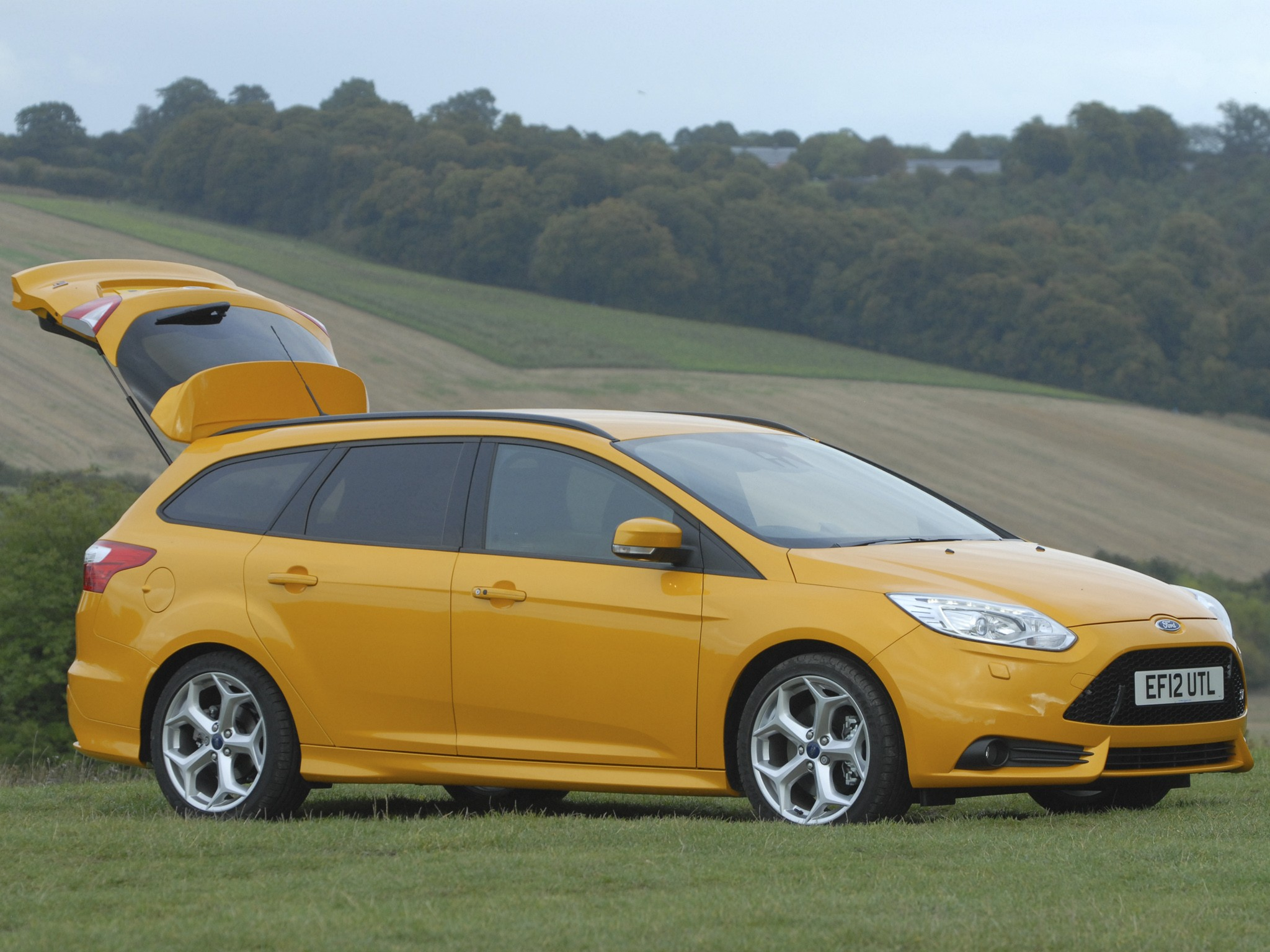 ford focus st estate 2012 present