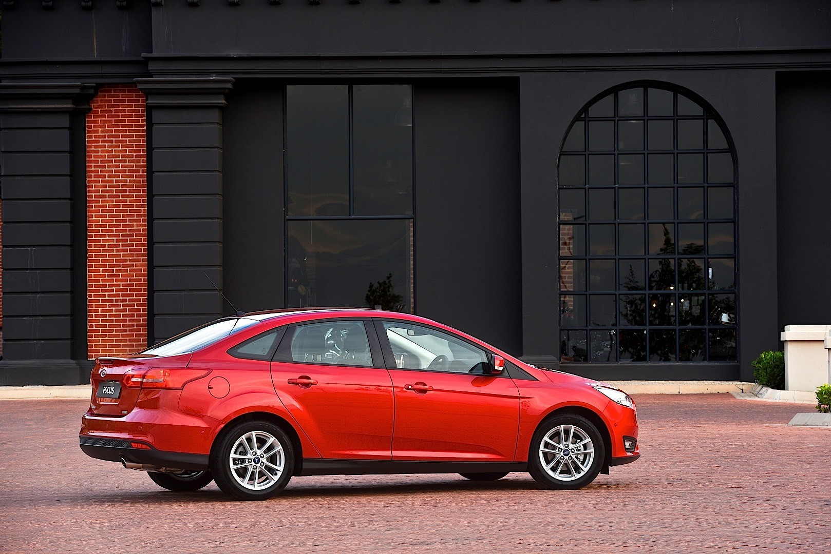 ford focus sedan 2014 2015 2016 2017 autoevolution. Cars Review. Best American Auto & Cars Review